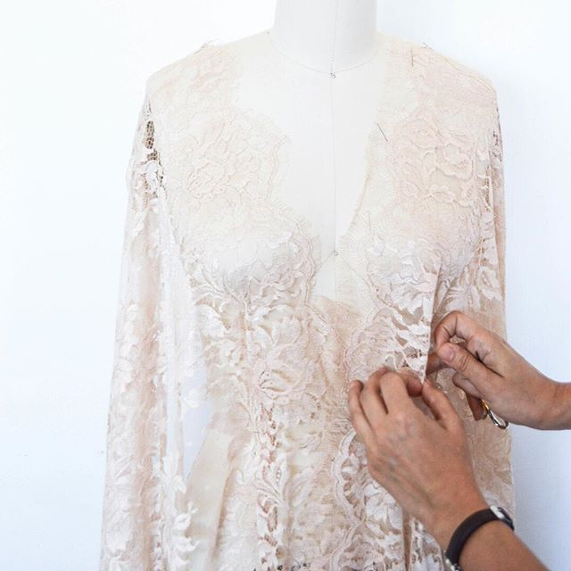 Blush Chantilly Lace made by @sophiehalletteofficial Who would love to have this lace for their wedding gown?  We are booking 2018 Bespoke Clients now. Consultations via Skype or in-person, downtown Phoenix. . . . . . #chantilly #chantillylace #bespoke #cleoandclementine #bride #madetomeasure #fashiondesigner #bridalfashion #weddings #designer #atelier #blush #blushwedding #wedincolor