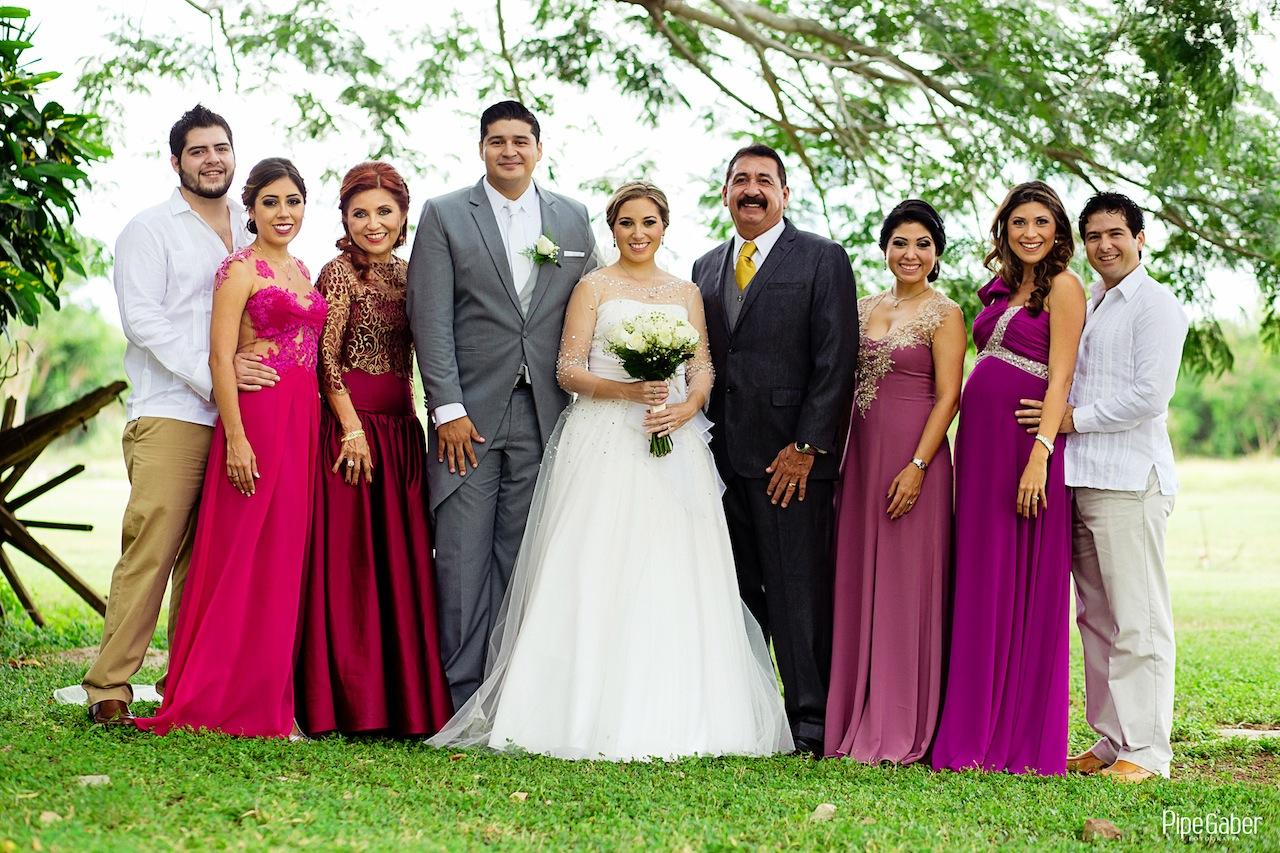 Yucatan_wedding_mexico_chicxulub_pueblo_church_iglesia_boda_fotografia_espontanea_pipe_gaber_momentos_07.JPG