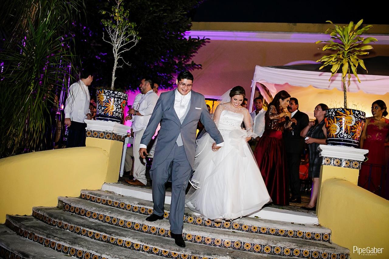 Yucatan_wedding_mexico_chicxulub_pueblo_church_iglesia_boda_fotografia_espontanea_pipe_gaber_momentos_27.JPG