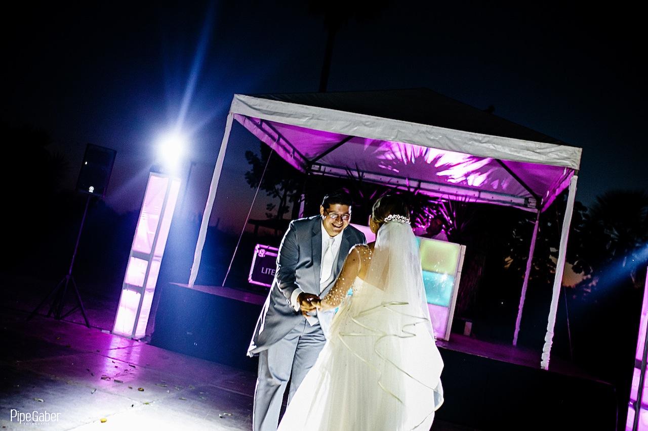 Yucatan_wedding_mexico_chicxulub_pueblo_church_iglesia_boda_fotografia_espontanea_pipe_gaber_momentos_28.JPG