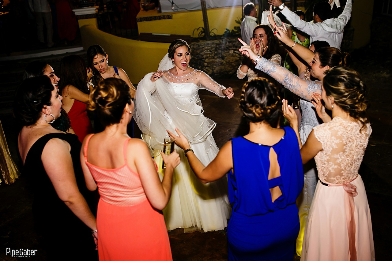 Yucatan_wedding_mexico_chicxulub_pueblo_church_iglesia_boda_fotografia_espontanea_pipe_gaber_momentos_30.JPG