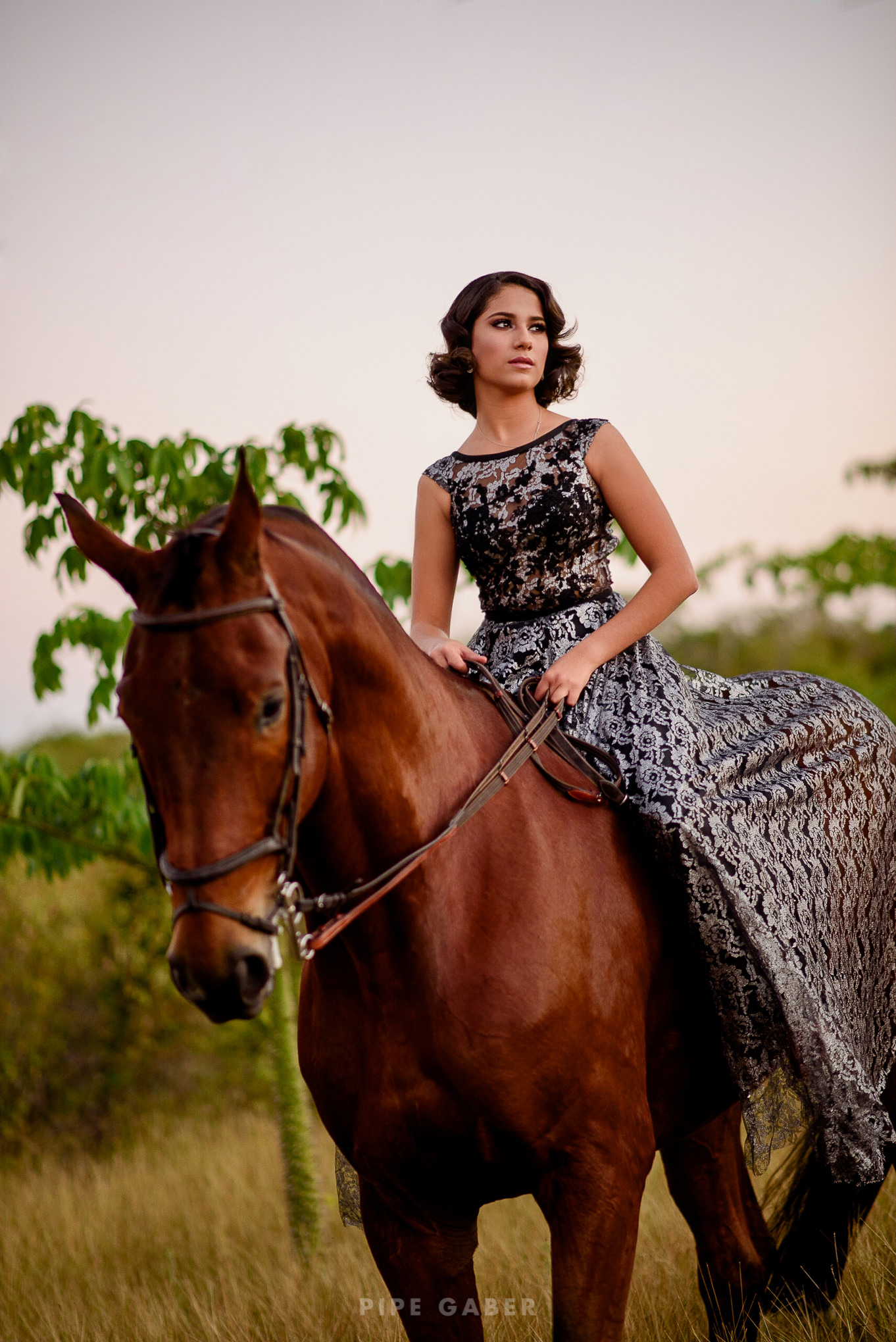 Trash_the_dress_horses_caballo_fotografia_merida_12.JPG