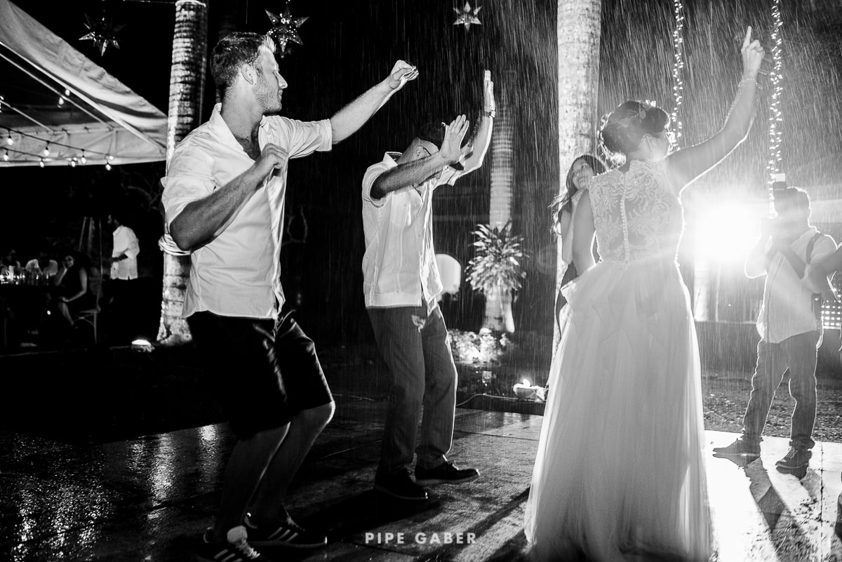 DESINTATION_WEDDING_YUCATAN_ITZINCAB_CAMARA_PHOTOGRAPHER_65.JPG