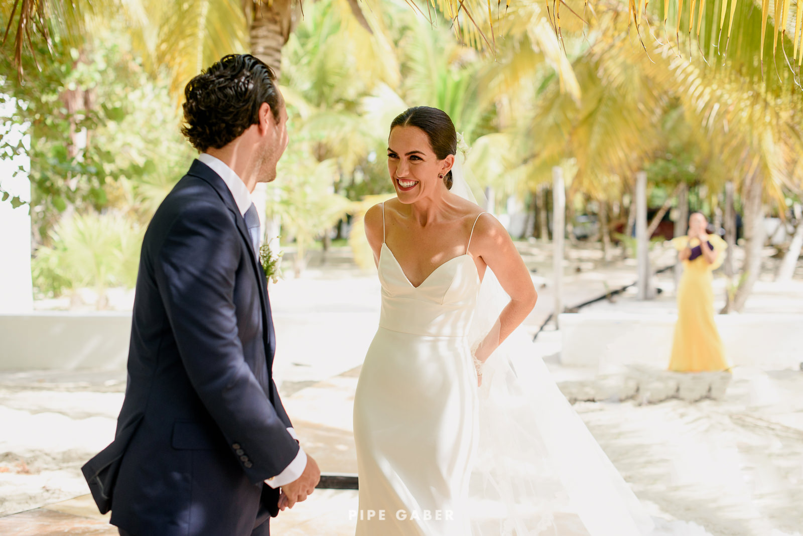 Wedding_phographer_Yucatan_beach_3.JPG