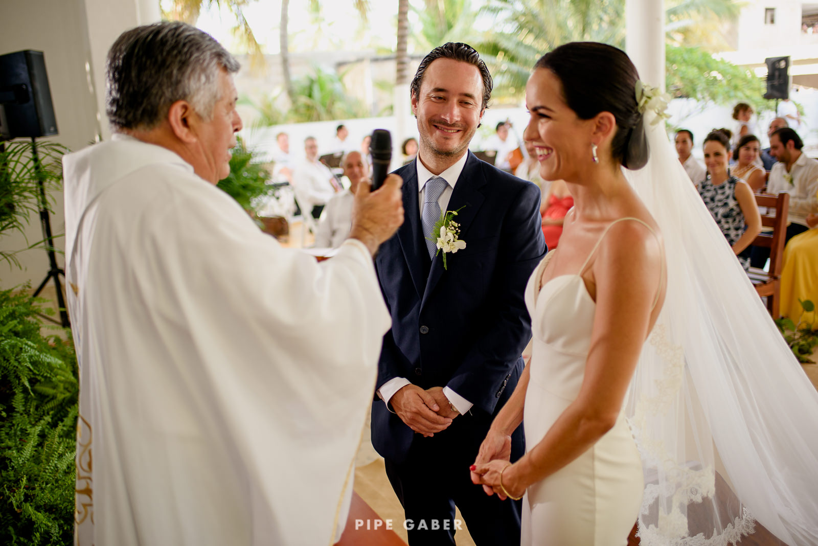 Wedding_phographer_Yucatan_beach_14.JPG