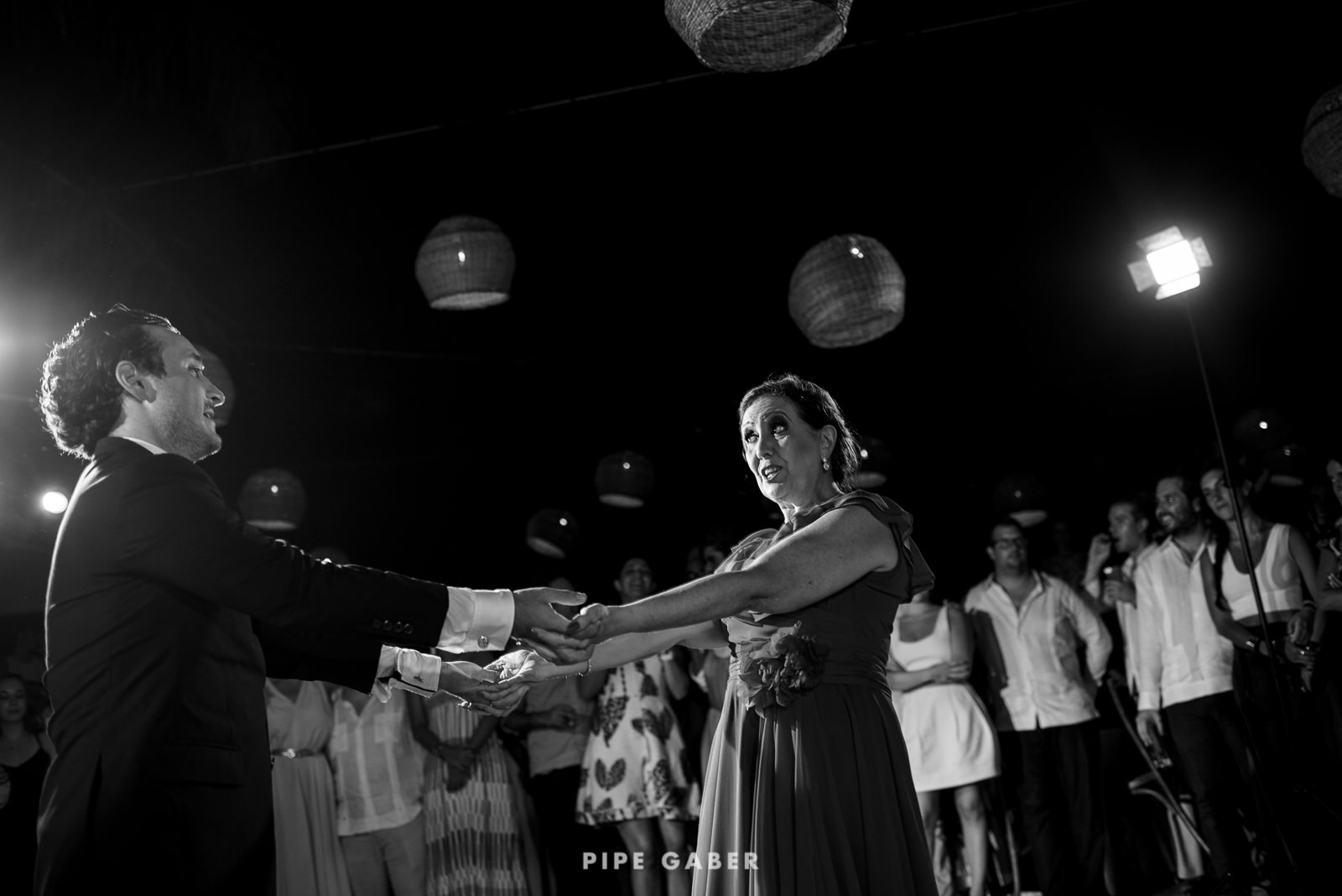 Wedding_phographer_Yucatan_beach_33.JPG