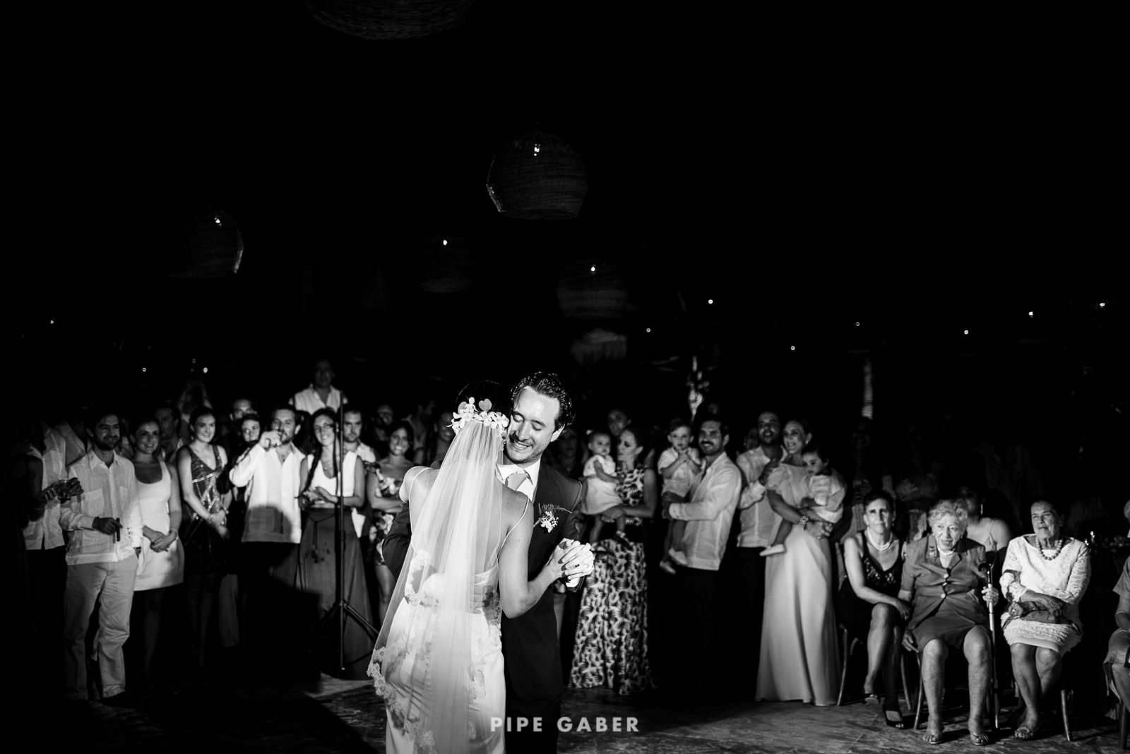 Wedding_phographer_Yucatan_beach_29.JPG