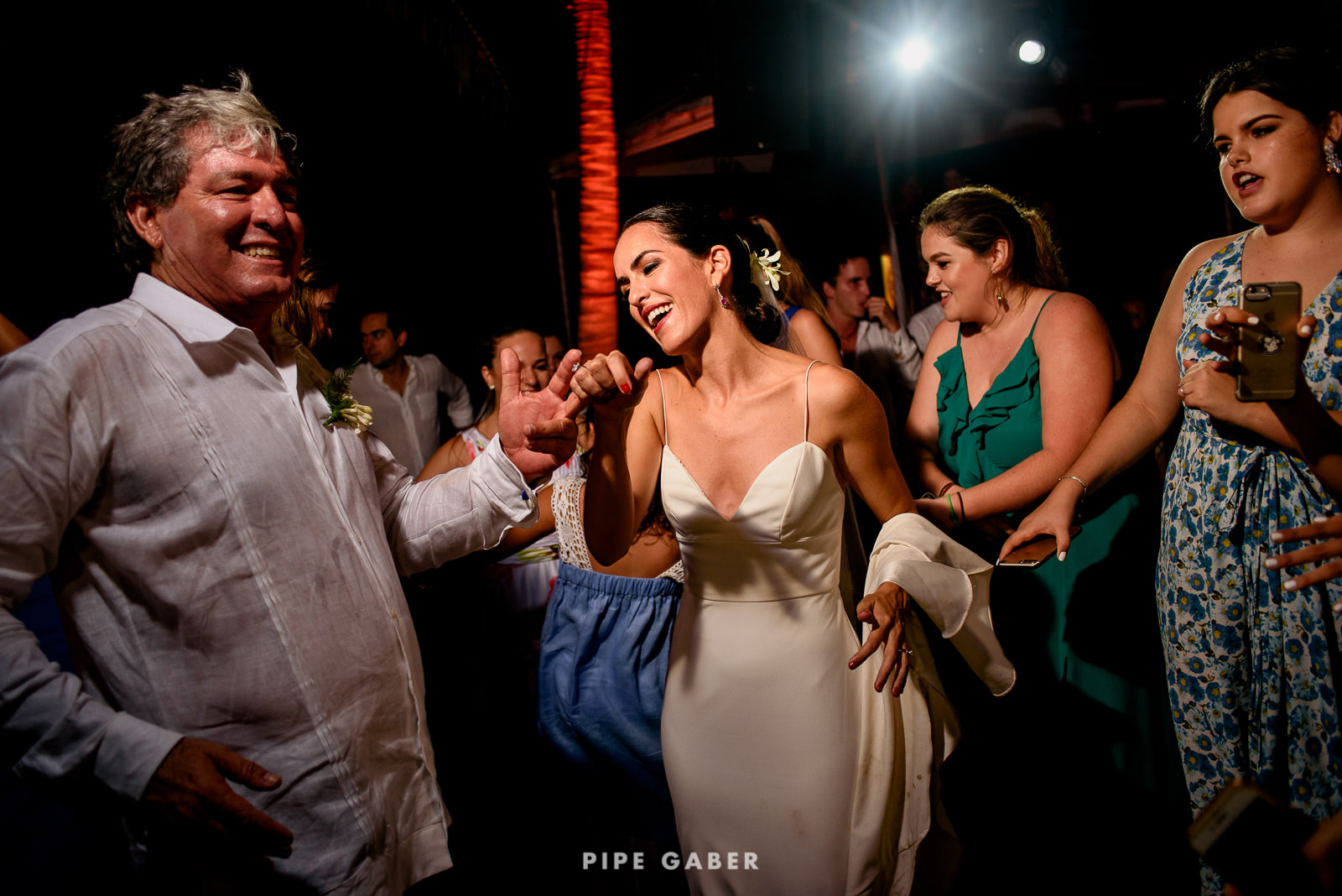 Wedding_phographer_Yucatan_beach_35.JPG