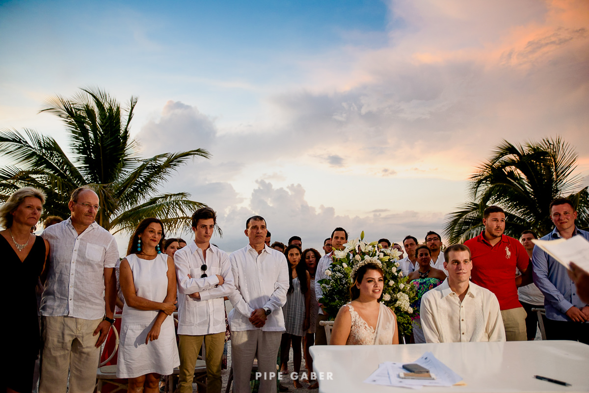 17_07_17_WEDDING_CIVIL_NICOLE_PENICHE_048_WEB.jpg