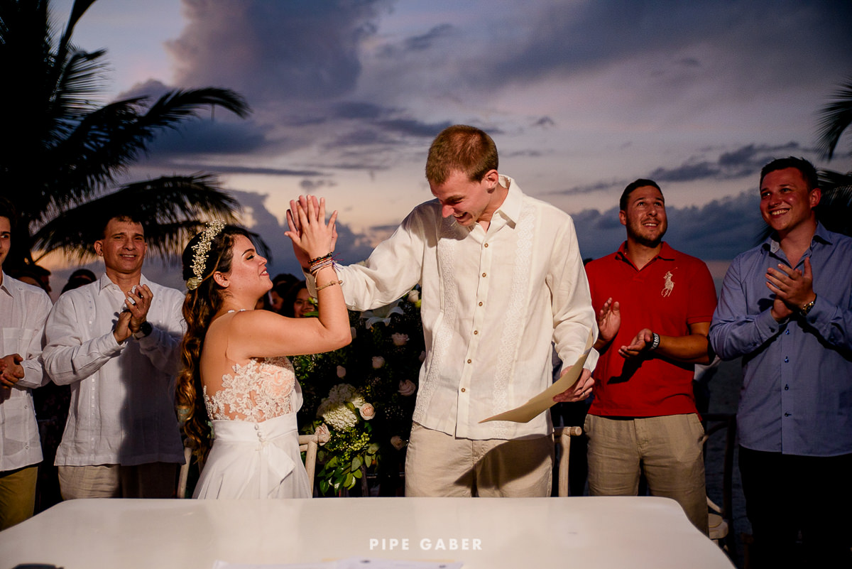 17_07_17_WEDDING_CIVIL_NICOLE_PENICHE_069_WEB.jpg