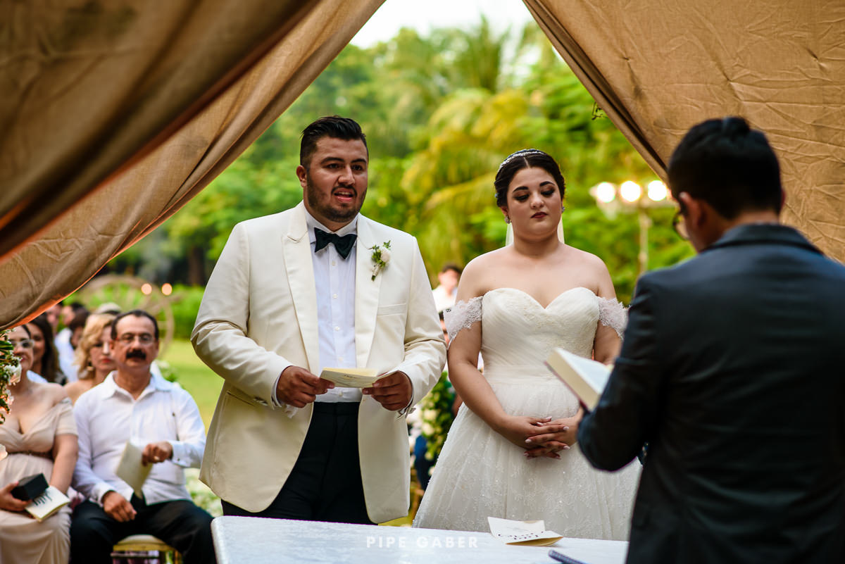 17_09_16_WEDDING_LILY_MORAN_CARLOS_APT_2134_web.jpg