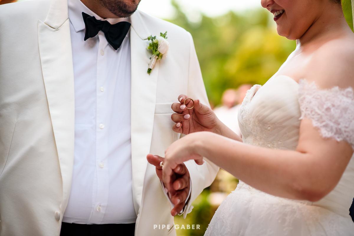 17_09_16_WEDDING_LILY_MORAN_CARLOS_APT_2321_web.jpg