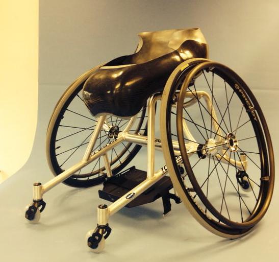 invacare-sportrolstoel.jpg