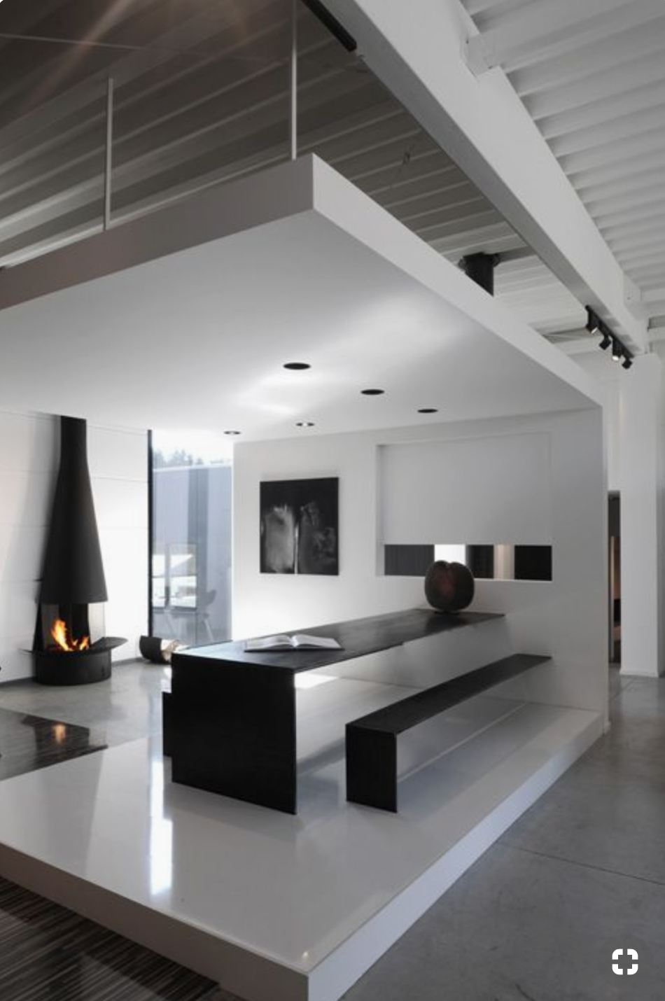 - ModernThis is a typical look of a Modern style of decorating. Square lines and little color. B&W images or abstracts are great for this type of decorating style