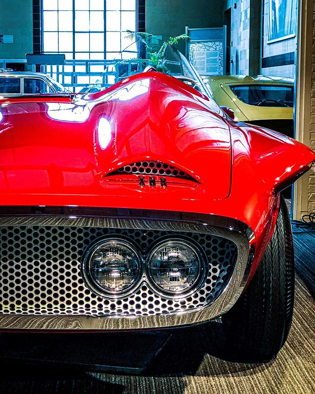 It's #ThrottleThursday here at #AutoToga!  Have you stopped in to see and learn about this ONE OF A KIND 1960 Plymouth XNR concept car?  If you haven't, you only have until Friday, October 25!  Plan your visit: saratogaautomusuem.org  #DiscoverSaratoga #NYSMuseums #Plymouth #XNR #PlymouthXNR #ConceptCars #ClassicCars #VintageCars #AutomotiveDesign #classiccarsdaily #classiccarspotting #plymouthconcept #futuristiccars