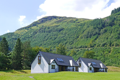 SelfCatering_LuxLodges_Ext_001.JPG