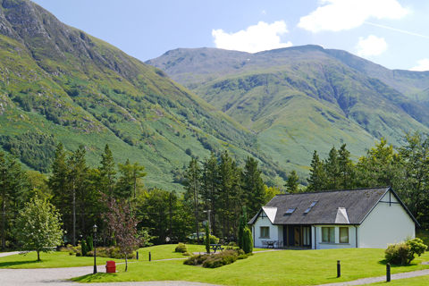 SelfCatering_Lodges_Ext_002.JPG