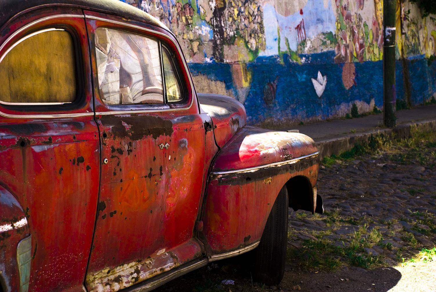 Old Cars in Valparaíso