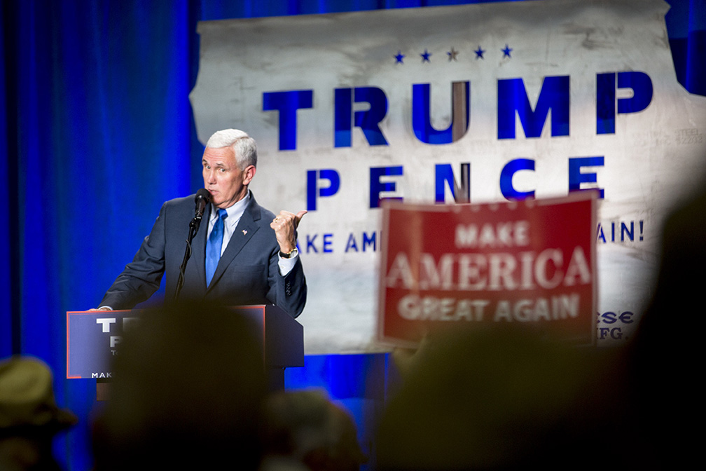 09192016_BJM_Mike_Pence_Rally_in_Dubuque_30.jpg