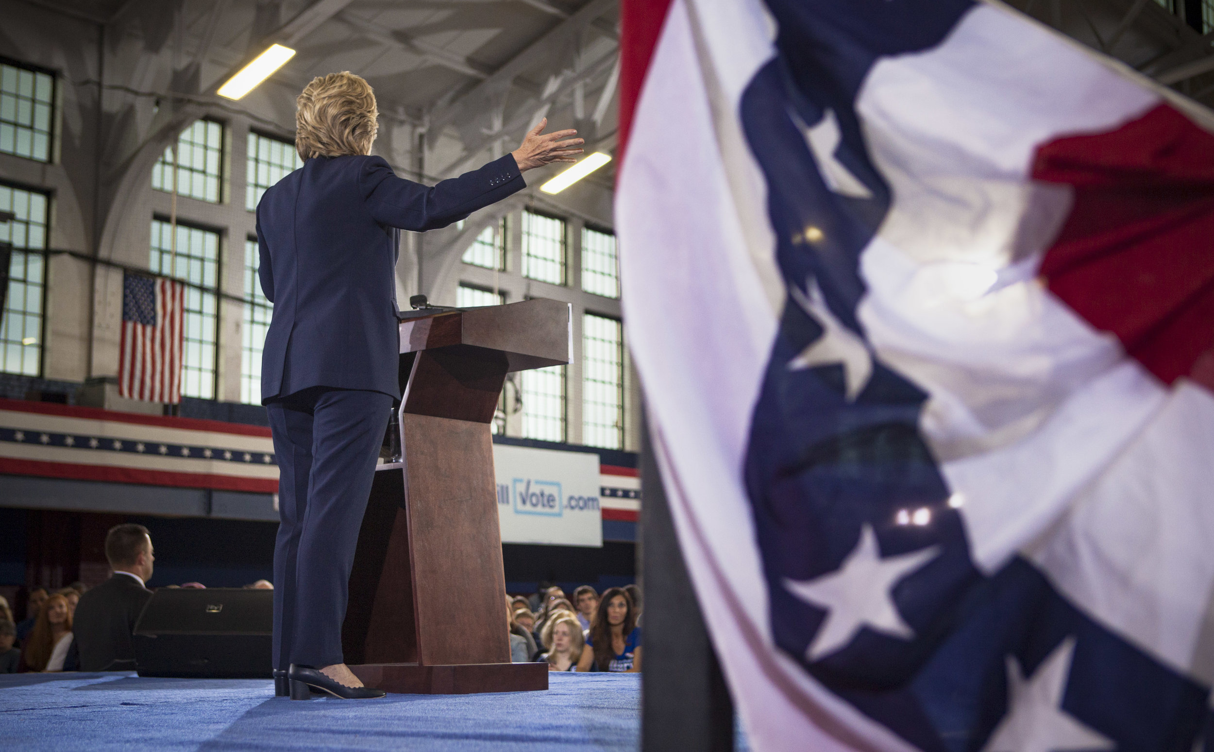 10032016_BJM_Hillary_Campaigns_in_Akron_Ohio_07.jpg