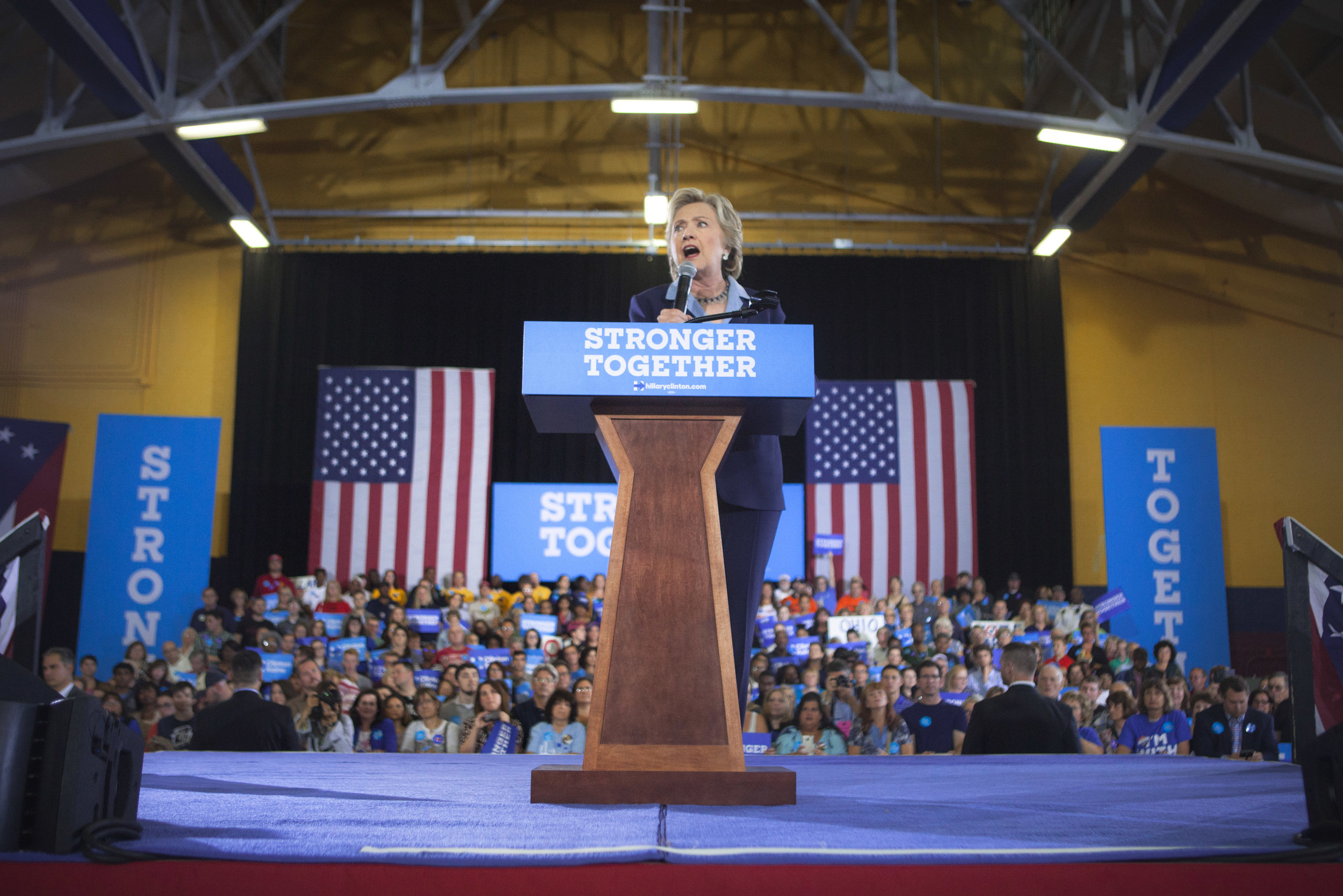 10032016_BJM_Hillary_Campaigns_in_Akron_Ohio_38.jpg
