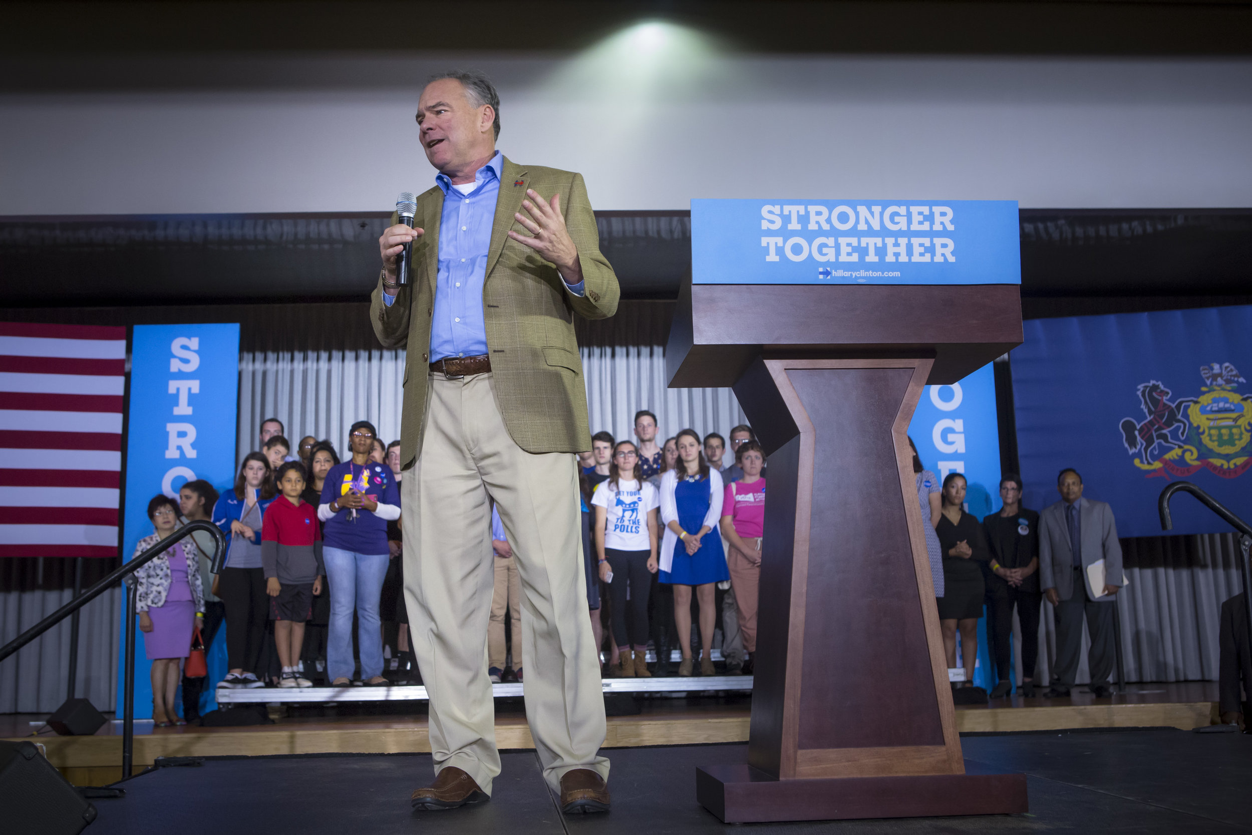 10052016_BJM_Tim_Kaine_Campaigns_in_Philadelphia_Pennsylvania_04.jpg