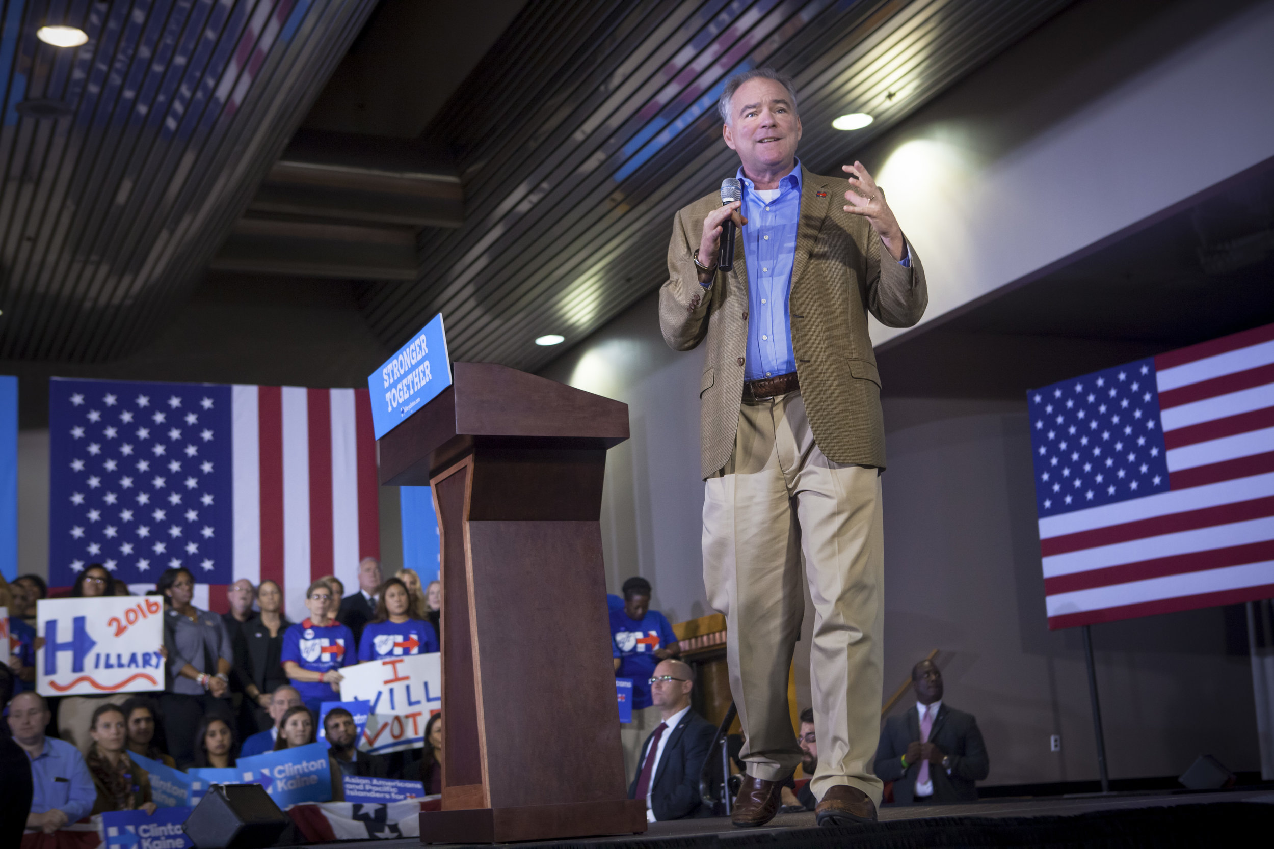 10052016_BJM_Tim_Kaine_Campaigns_in_Philadelphia_Pennsylvania_24.jpg