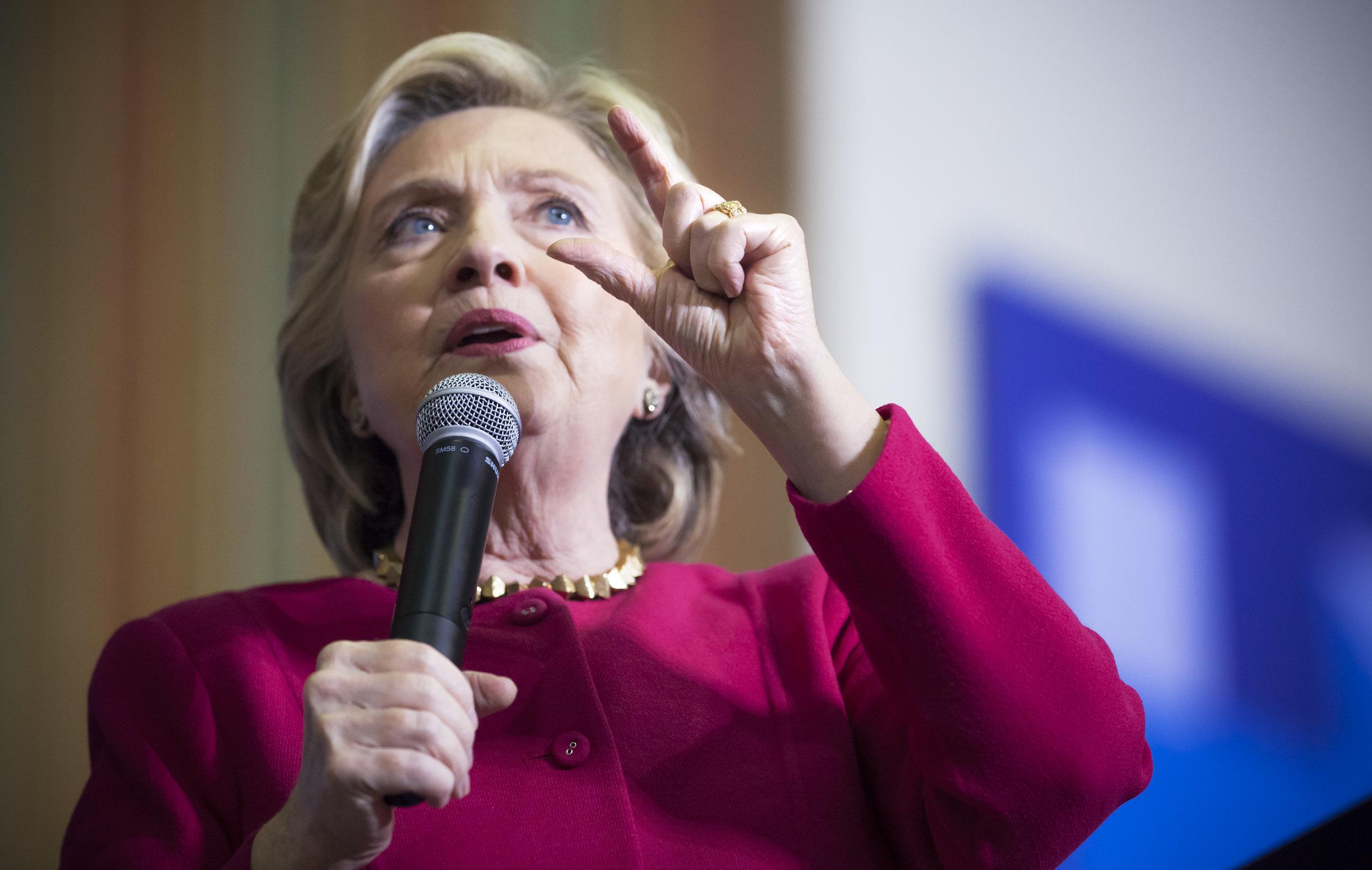 10042016_BJM_Hillary_Clinton_Campaigns_in_Harrisburg_Pennsylvania_21.jpg