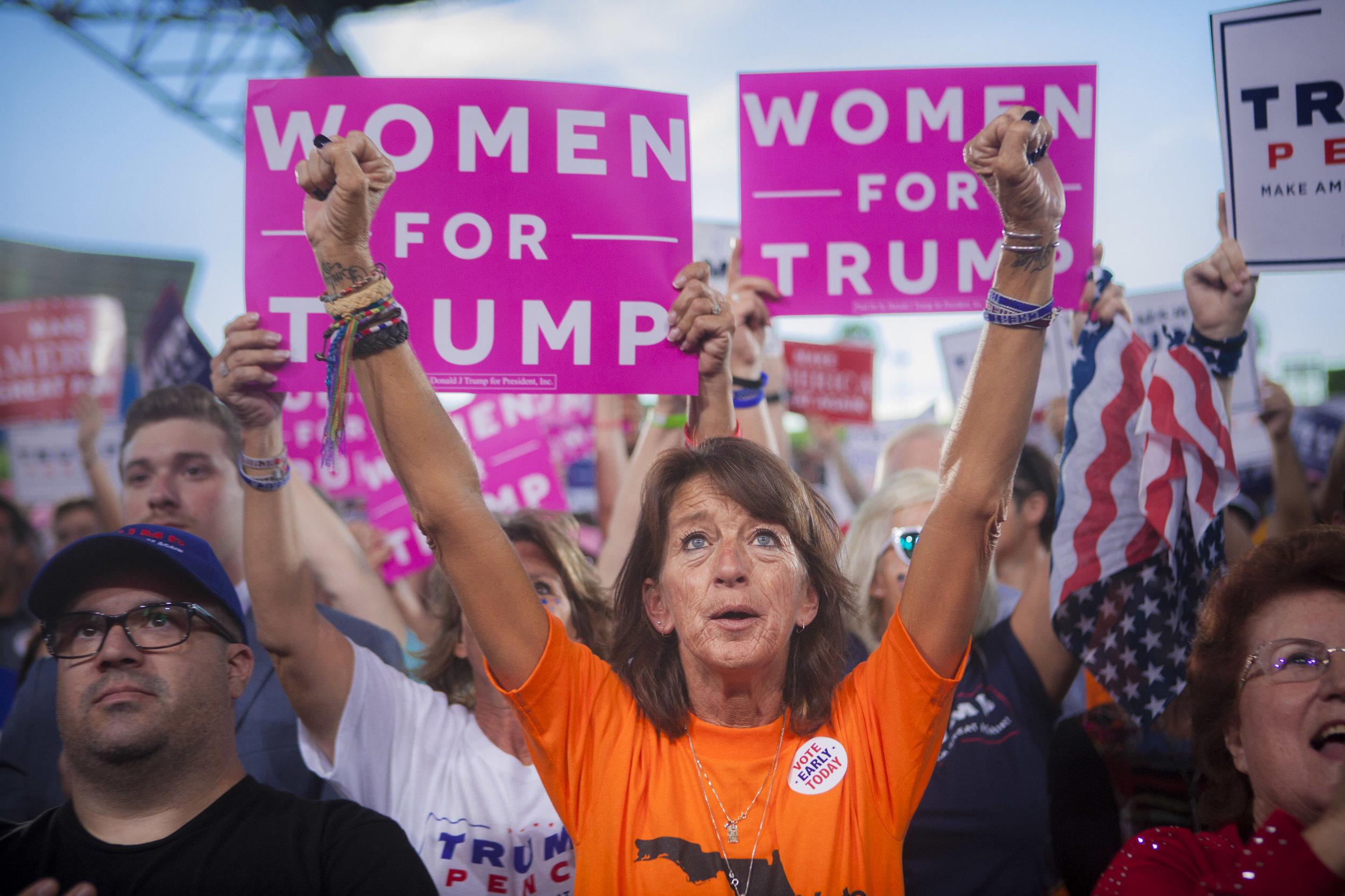 10242016_BJM_Donald_Trump_Campaigns_in_Tampa_Florida_29.jpg