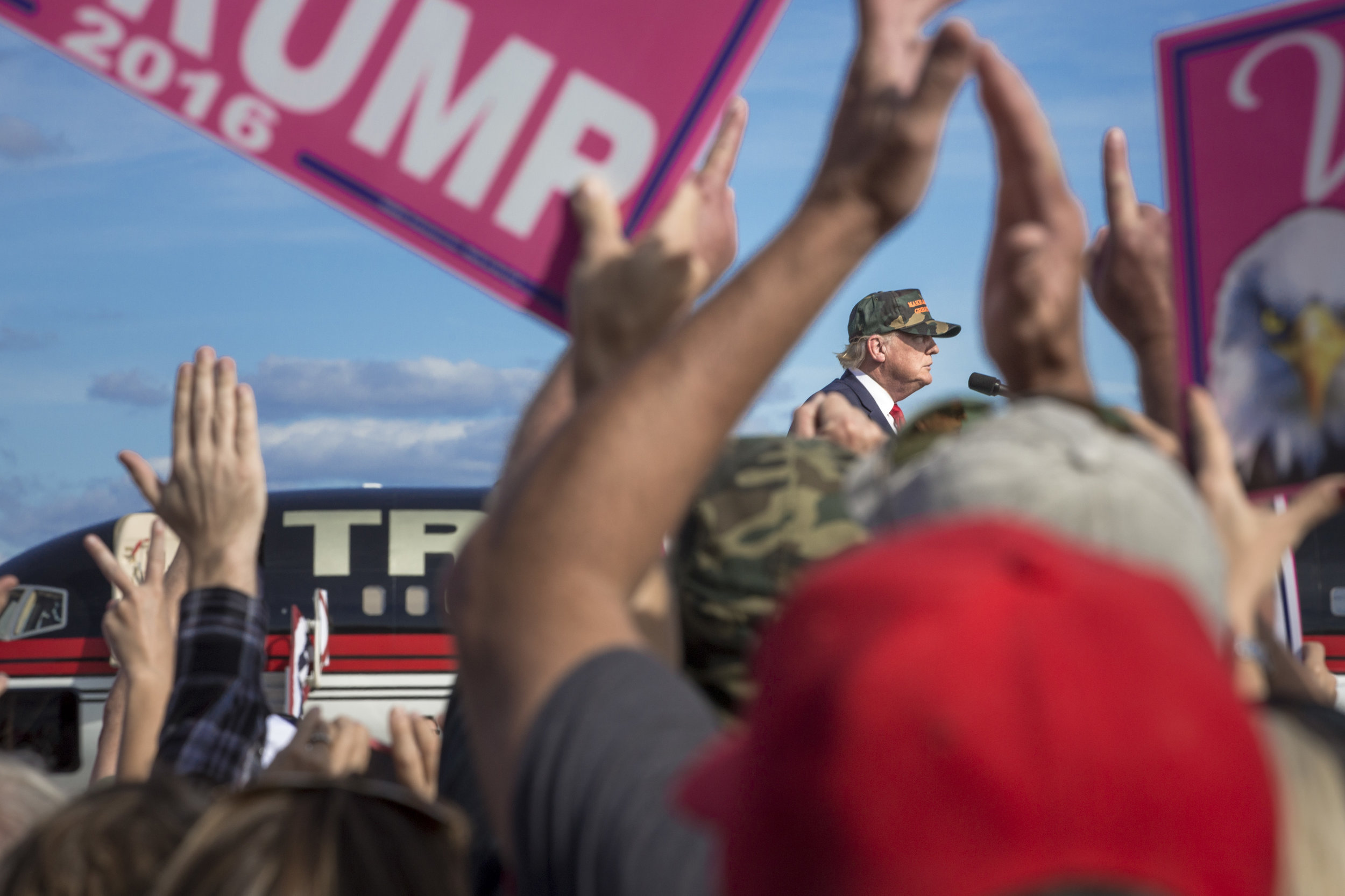 10252016_BJM_Donald_Trump_Campaigns_in_Sanford_Florida_06.jpg