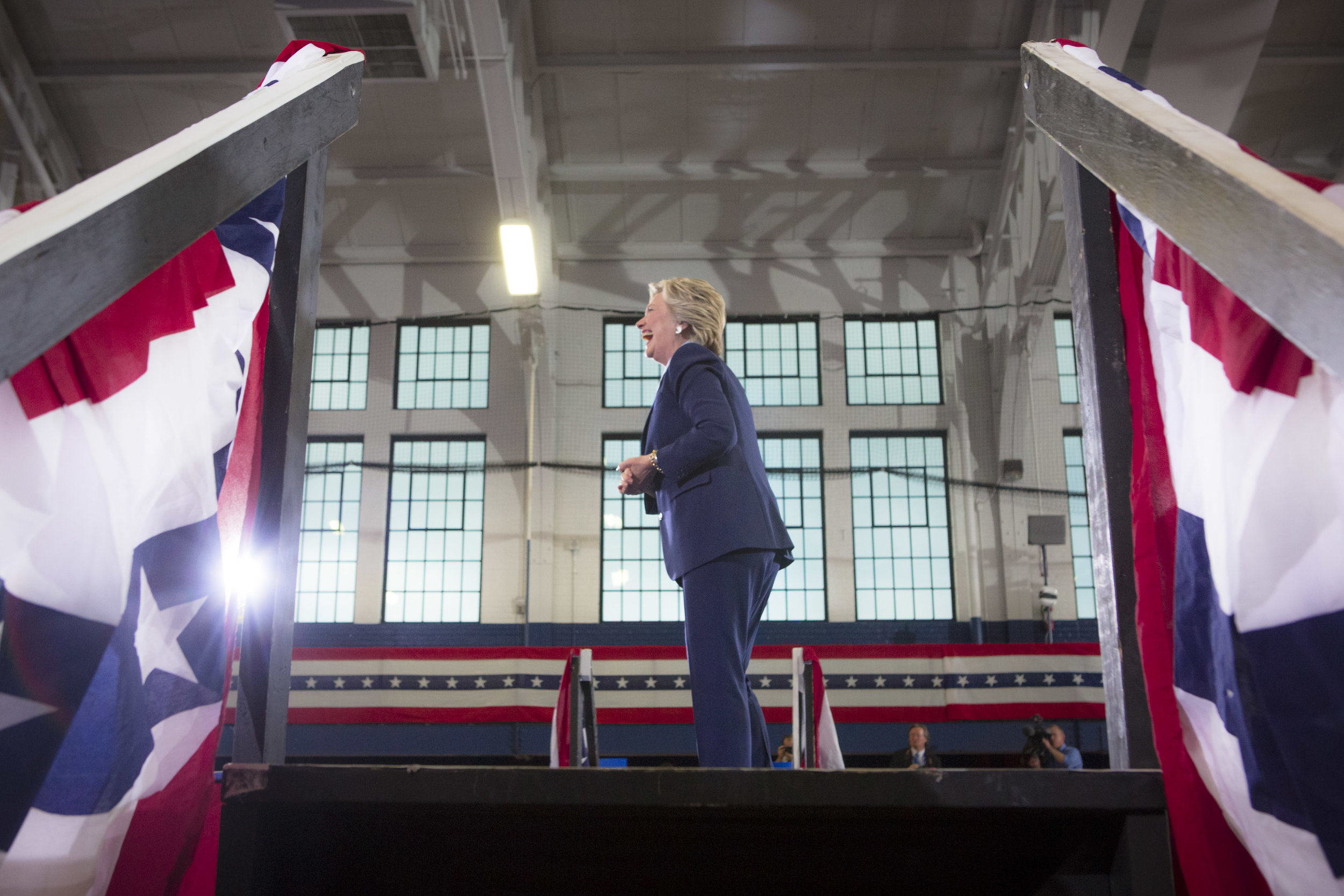 10032016_BJM_Hillary_Campaigns_in_Akron_Ohio_04.jpg