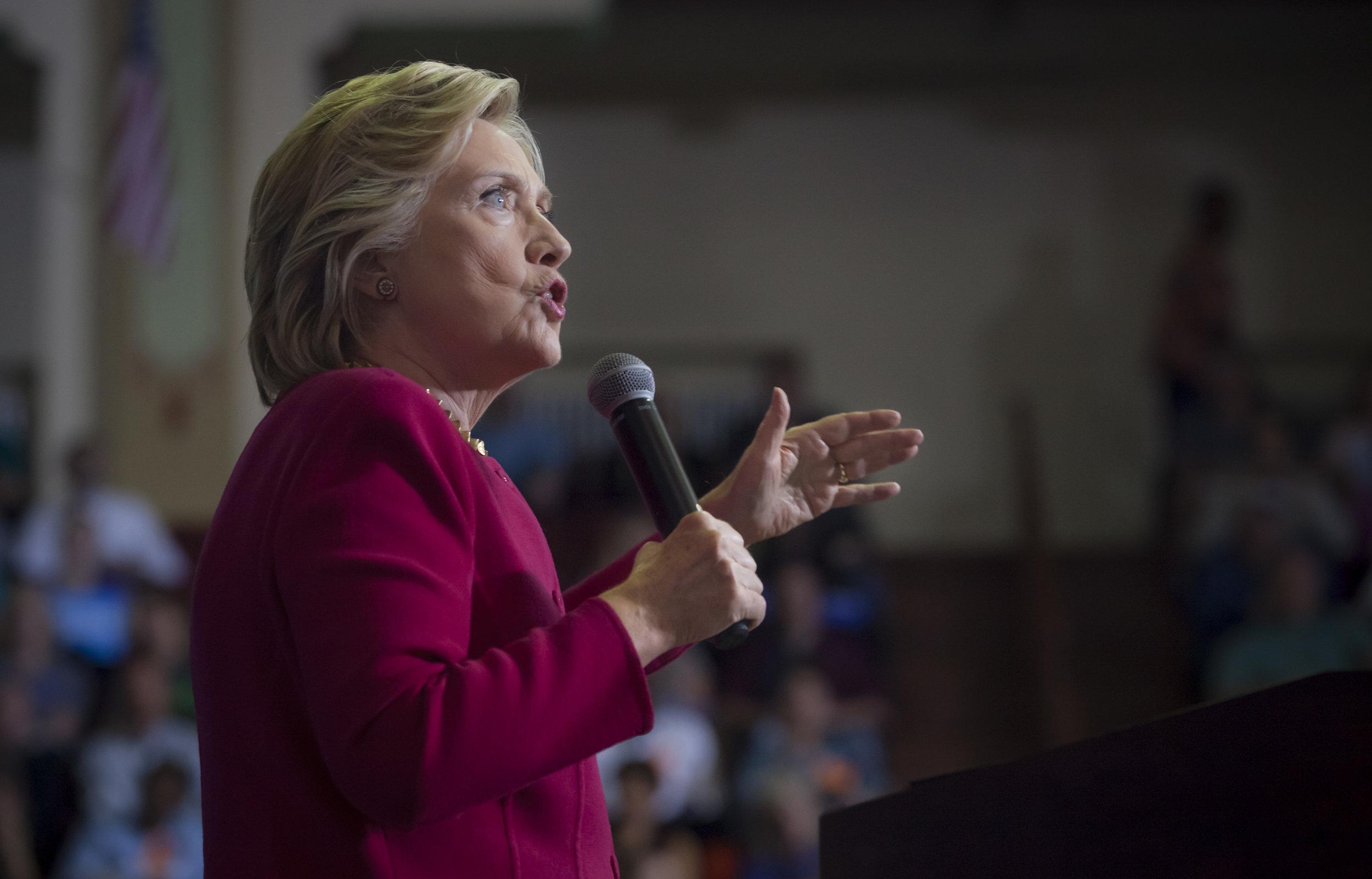 10042016_BJM_Hillary_Clinton_Campaigns_in_Harrisburg_Pennsylvania_03.jpg