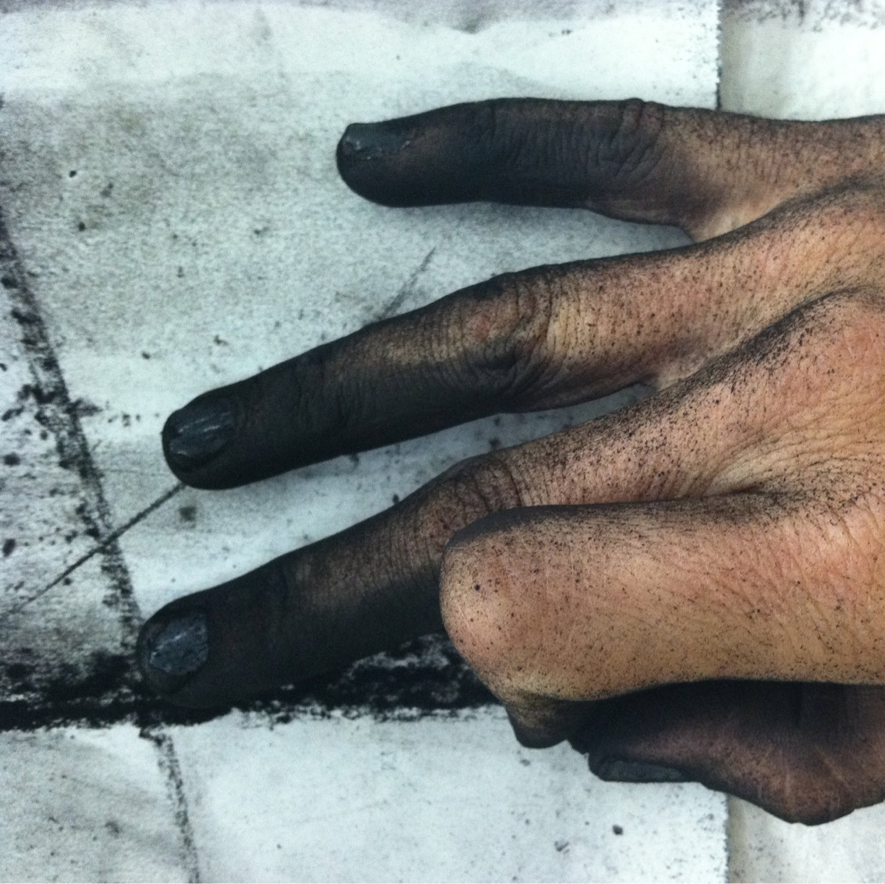 The Yard PDX, Stained Fingers