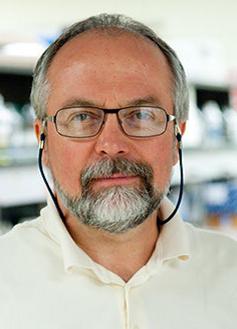 Dr. Ueli Gubler