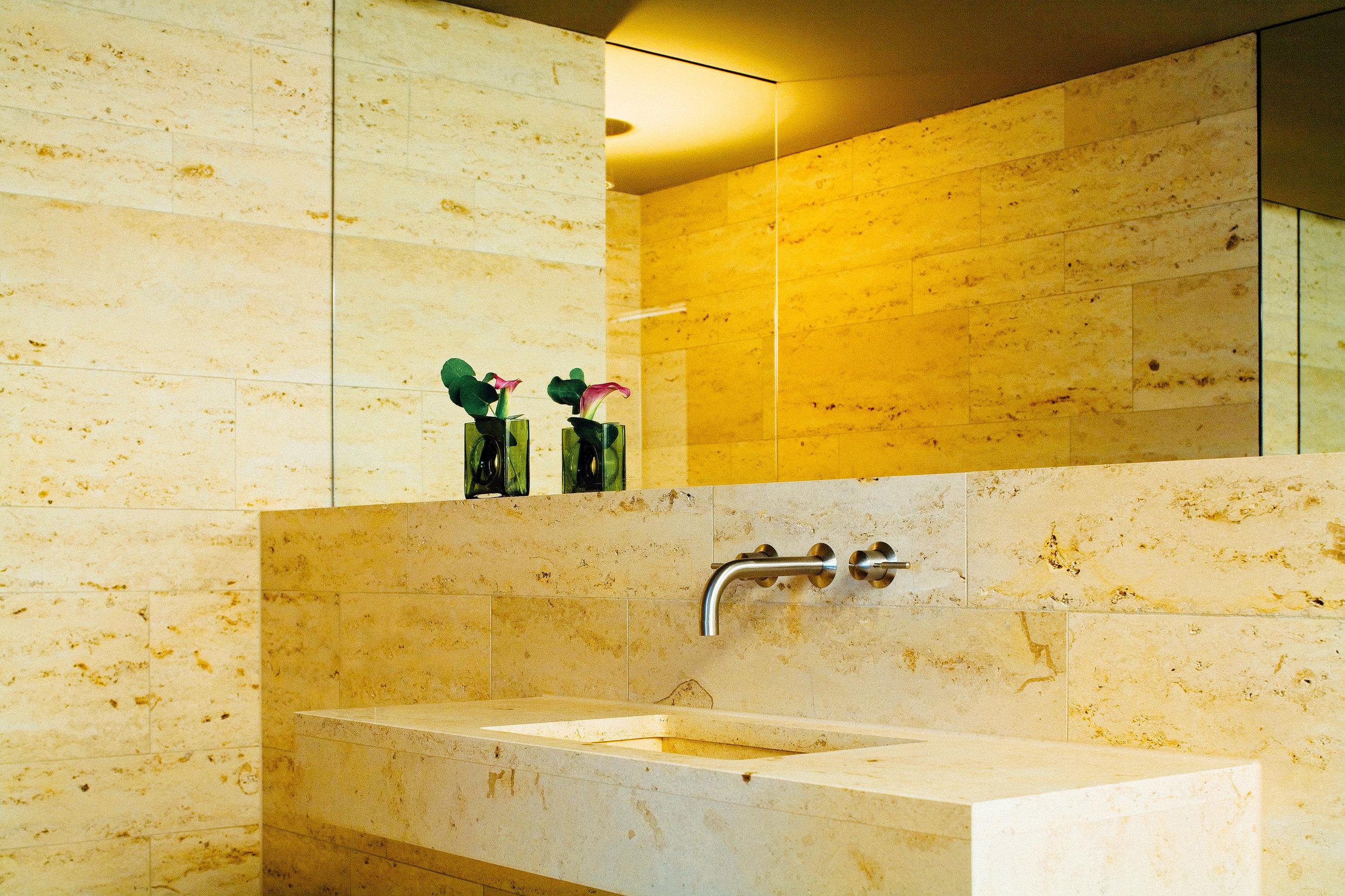 Cortiina x Juliah Haupt SUg Sean Munich Hotel-5.jpg