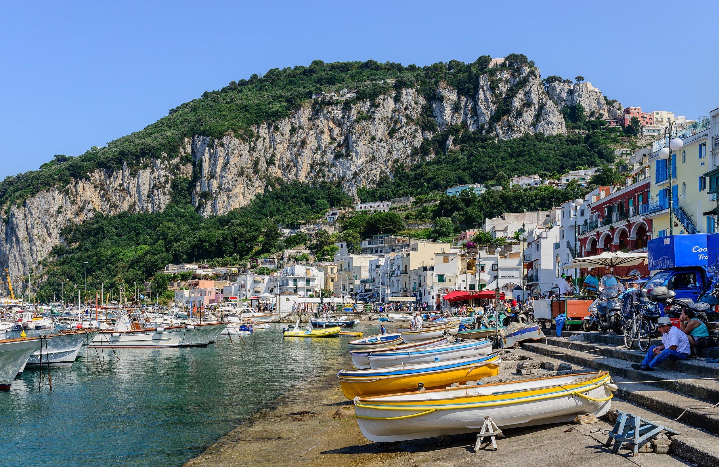 Capri_island_-_Campania_-_Italy_-_July_12th_2013_-_15.jpg