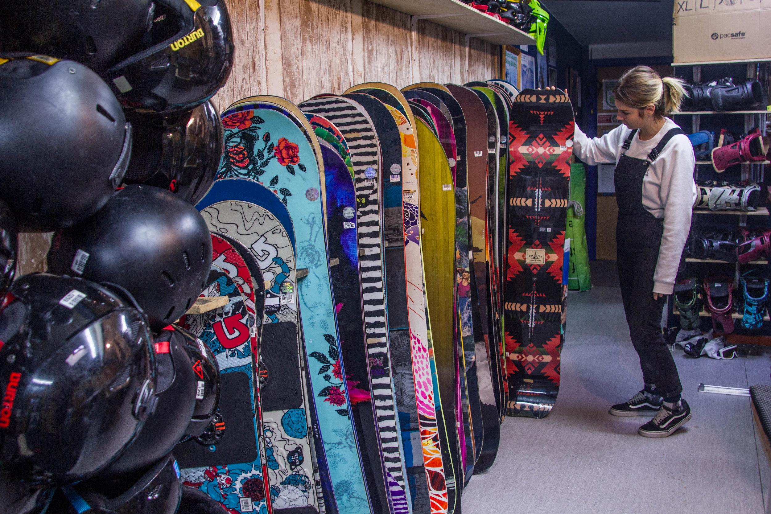 Snowboard and Splitboard Hire