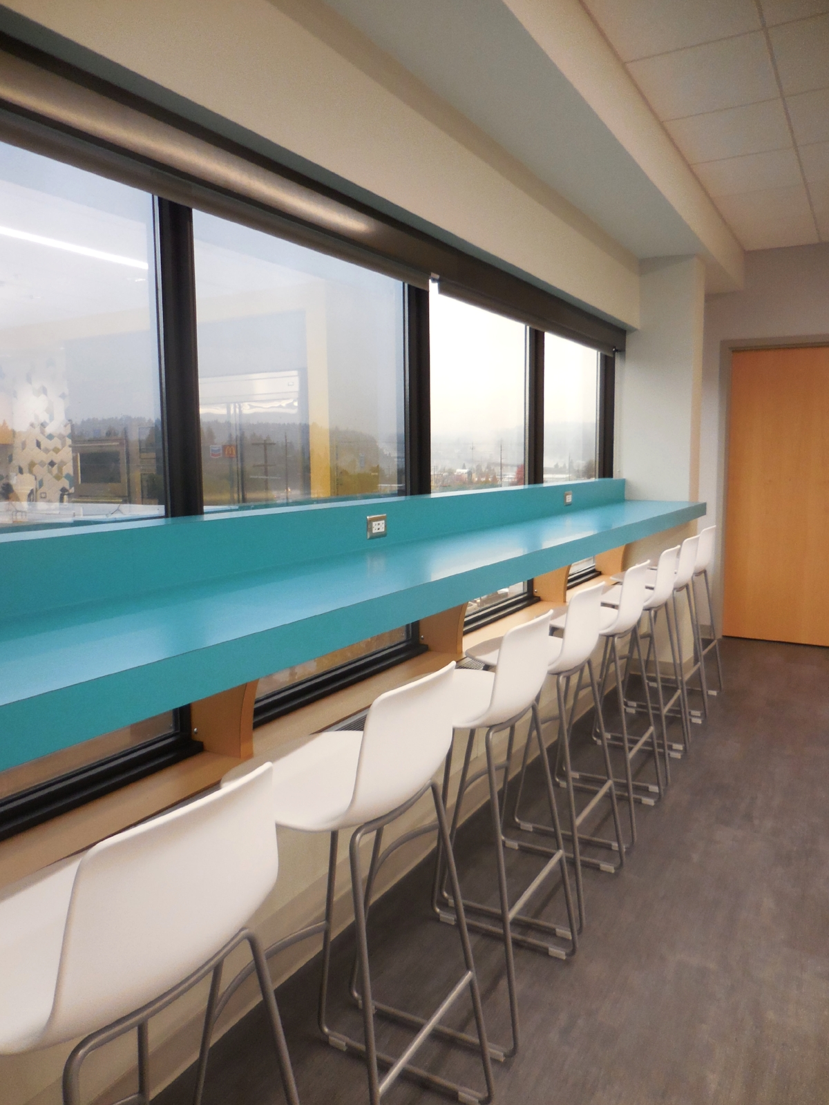 Break room / Kitchen / Lounge seating / Bar height seating / Window counter