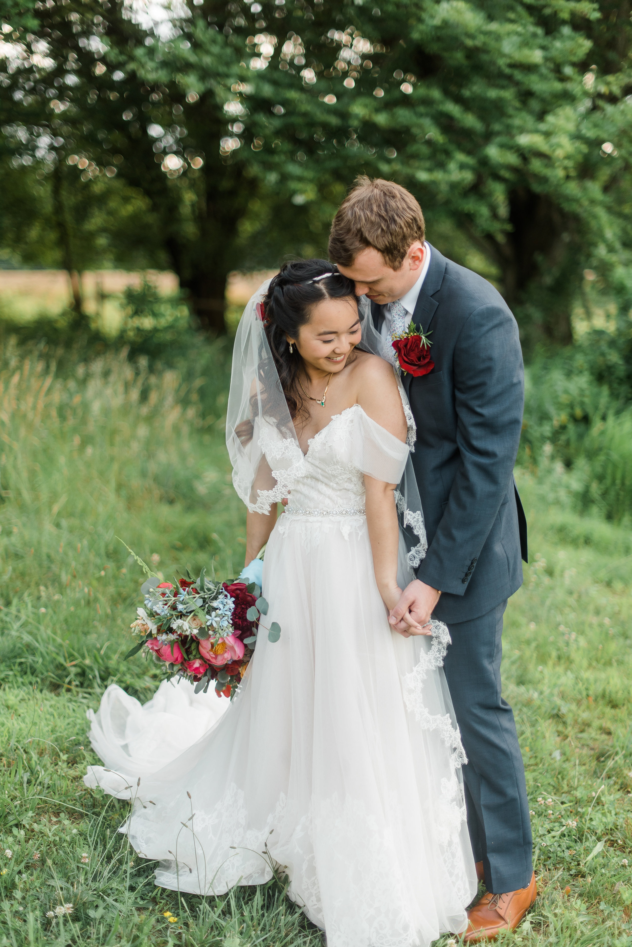 pittsburgh-wedding-photographer-rustic-acres-farm-summer-boho-wedding0014.jpg