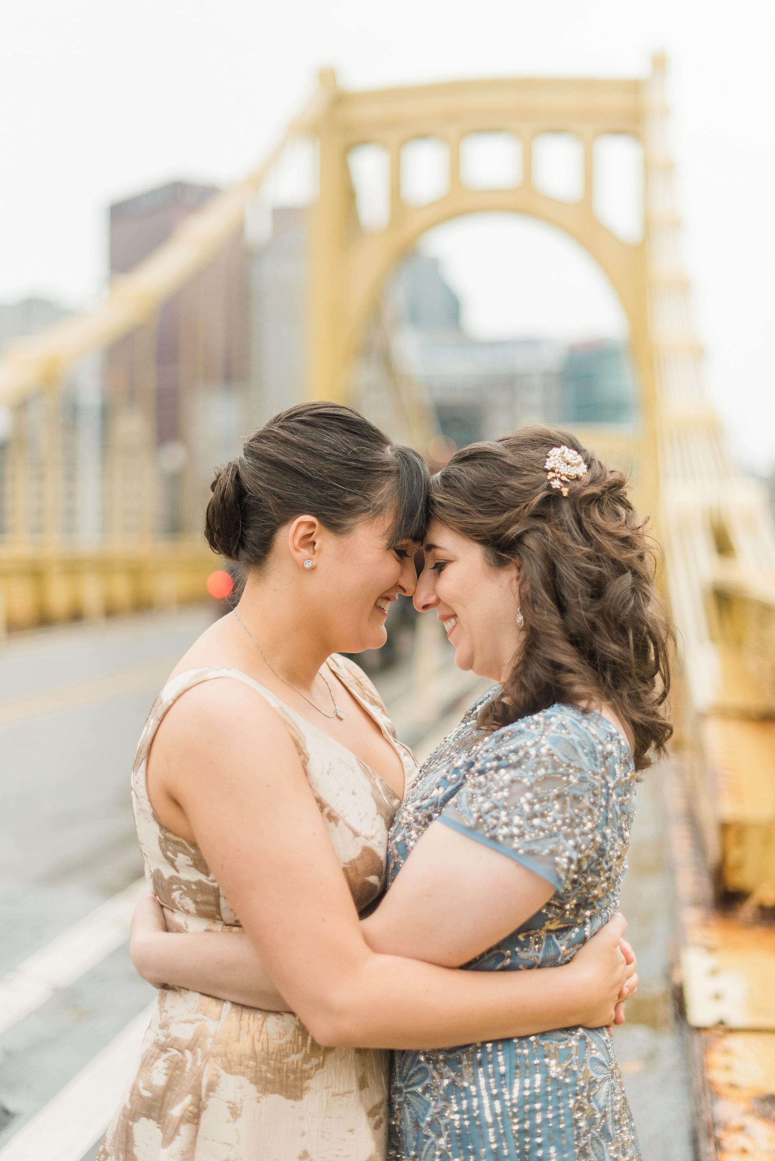 pittsburgh-wedding-photographer-lgbtqfriendly-samesex-city0002.jpg