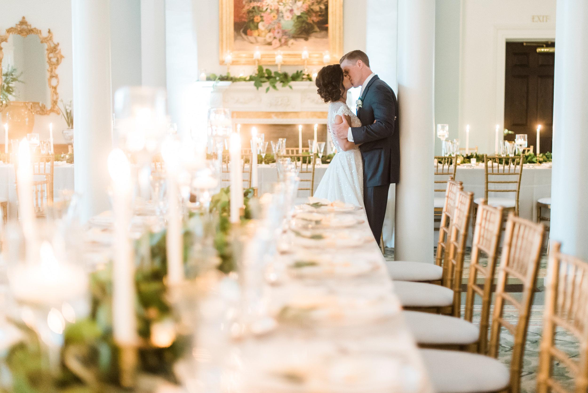 pittsburgh-wedding-photographer-classic-greenery-foxchapelgolfclub0029.jpg