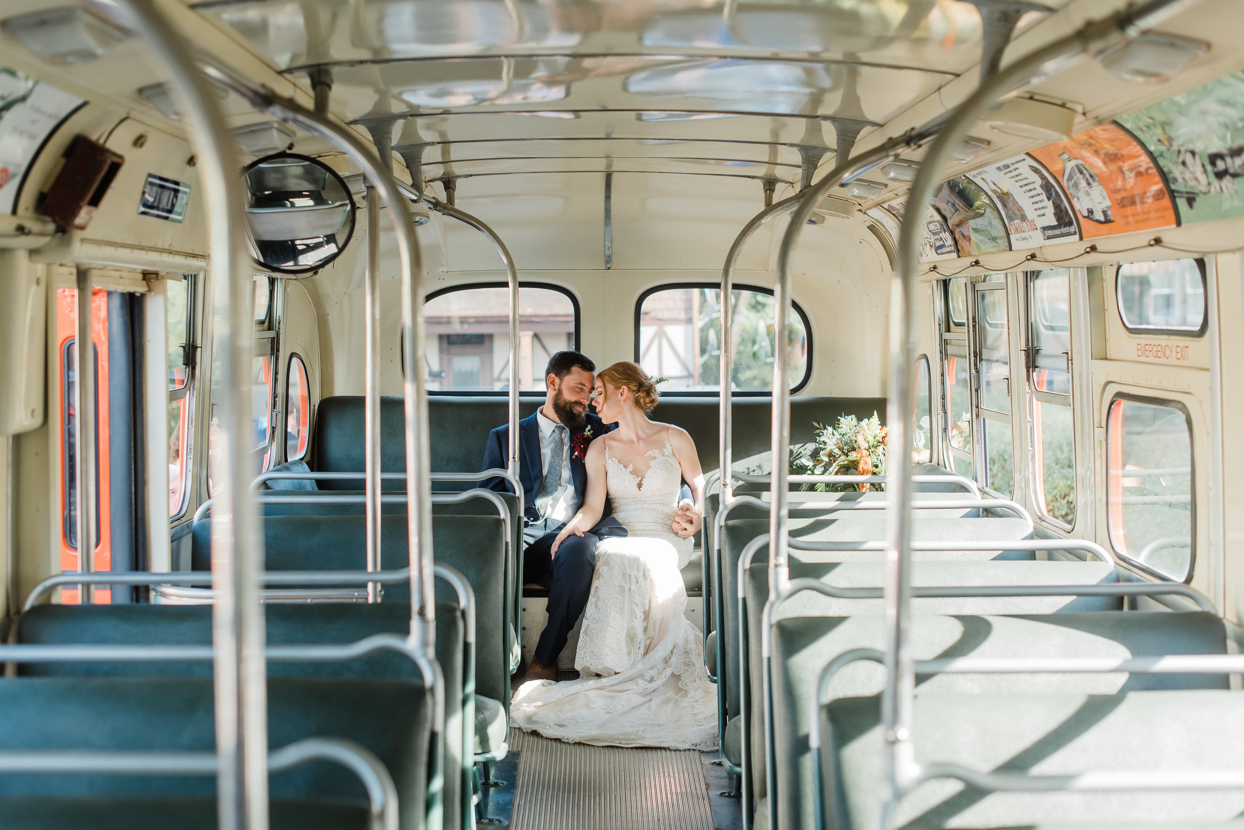 pittsburgh-wedding-photographer-modern-greenery-edgewoodclub-boho0131.jpg