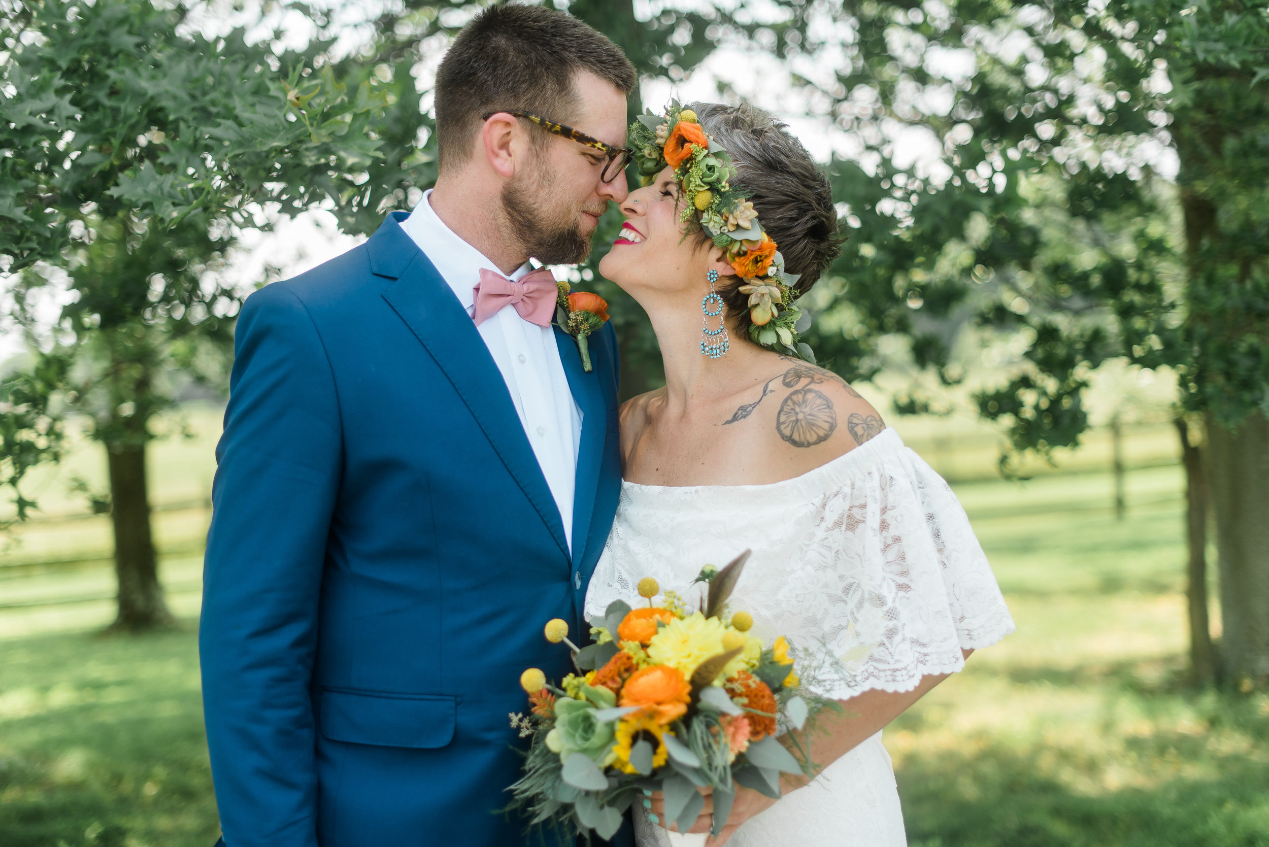 pittsburgh-wedding-photographer-armstrongfarms-eclectic-offbeat-boho0139.jpg