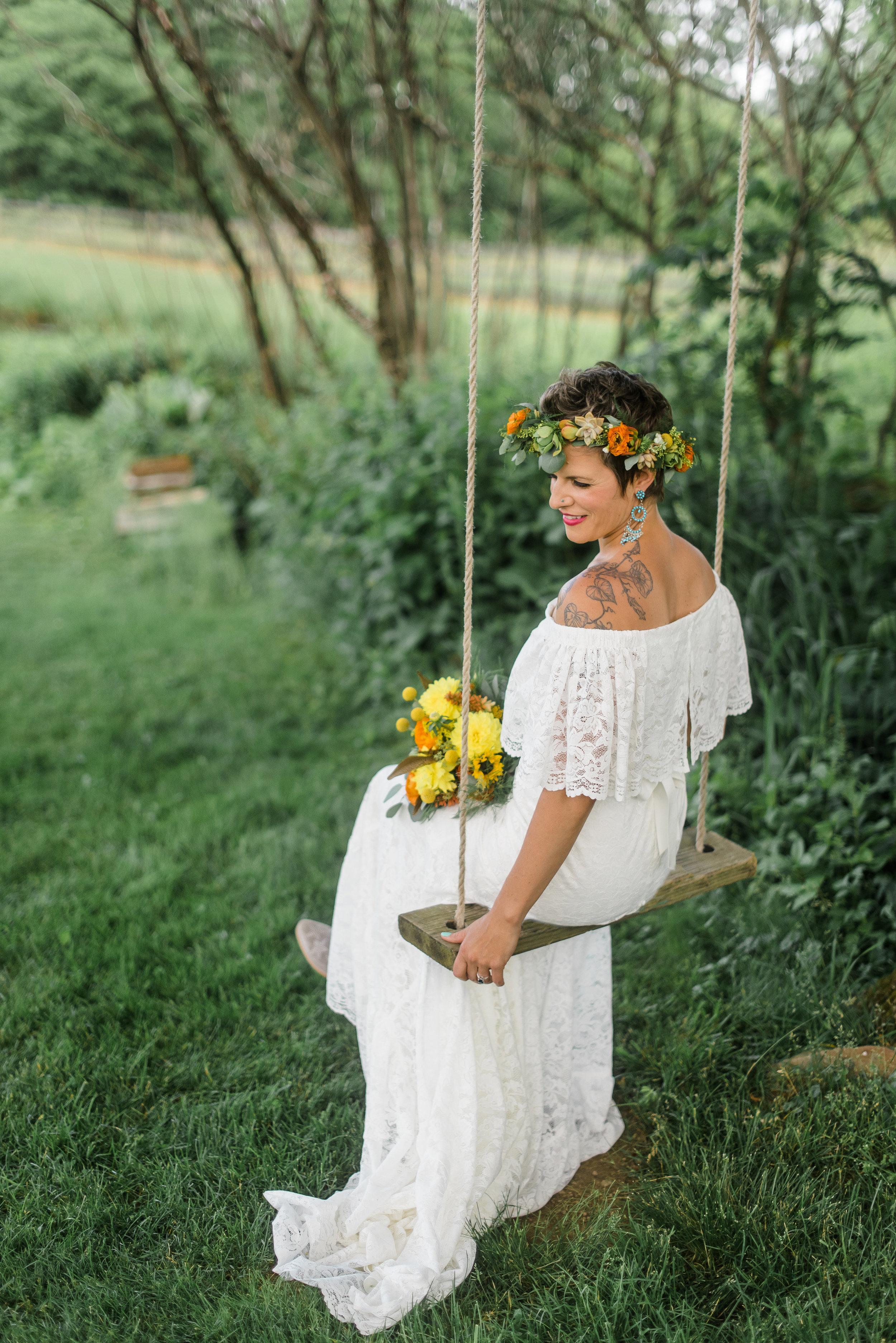 pittsburgh-wedding-photographer-armstrongfarms-eclectic-offbeat-boho0145.jpg