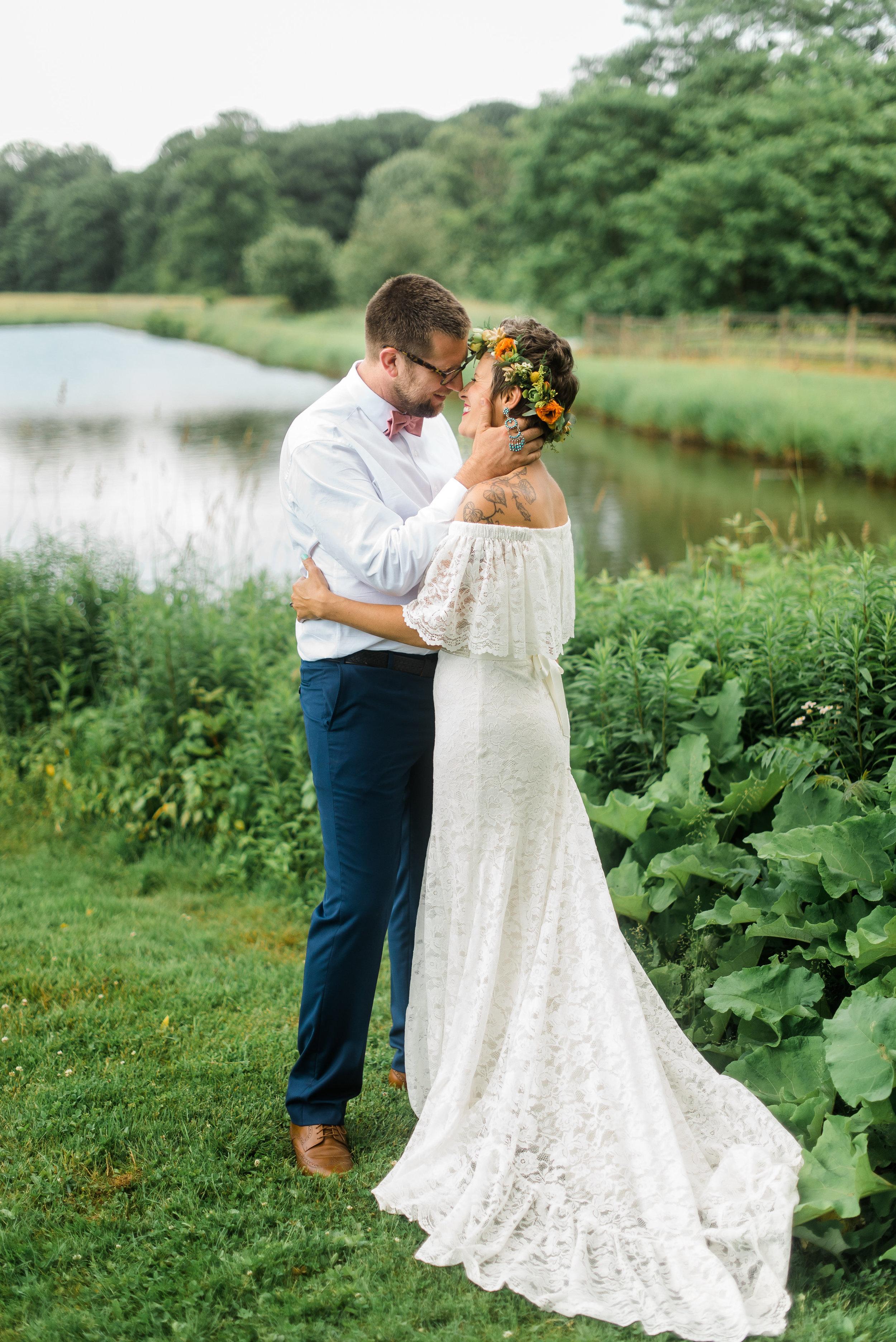 pittsburgh-wedding-photographer-armstrongfarms-eclectic-offbeat-boho0147.jpg