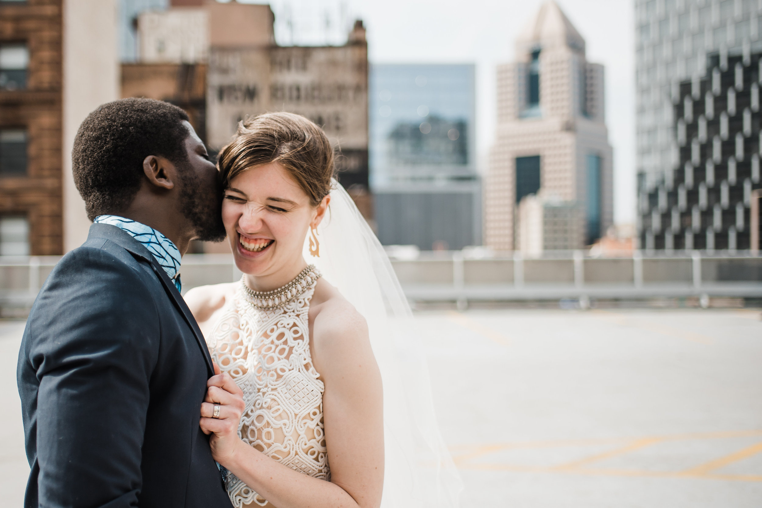 pittsburgh-wedding-photographer-elopement-courthousewedding-downtown-city0315.jpg