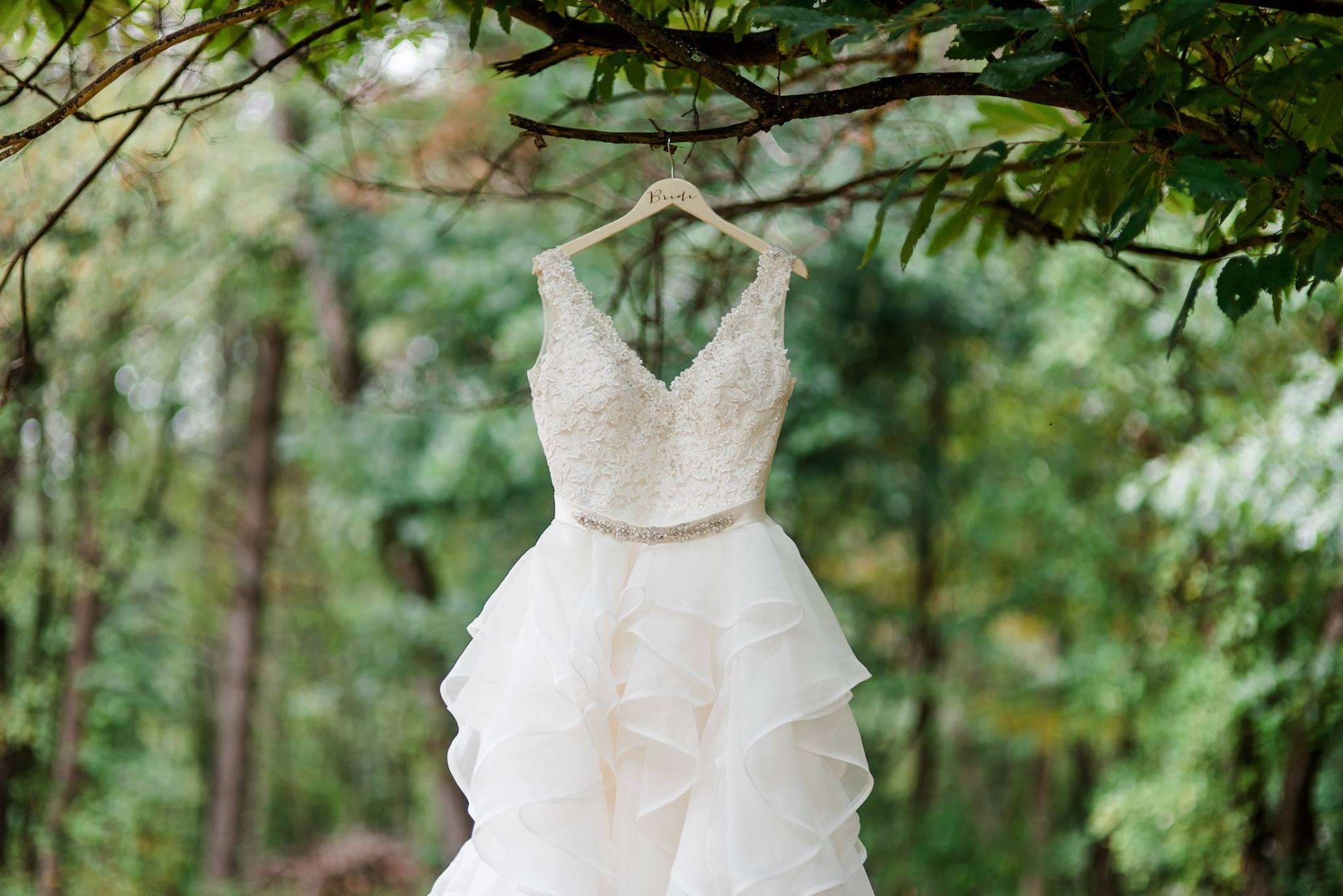 pennsylvania-backyard-wedding-love-diy-bohemian-romantic-colorful-0001.jpg