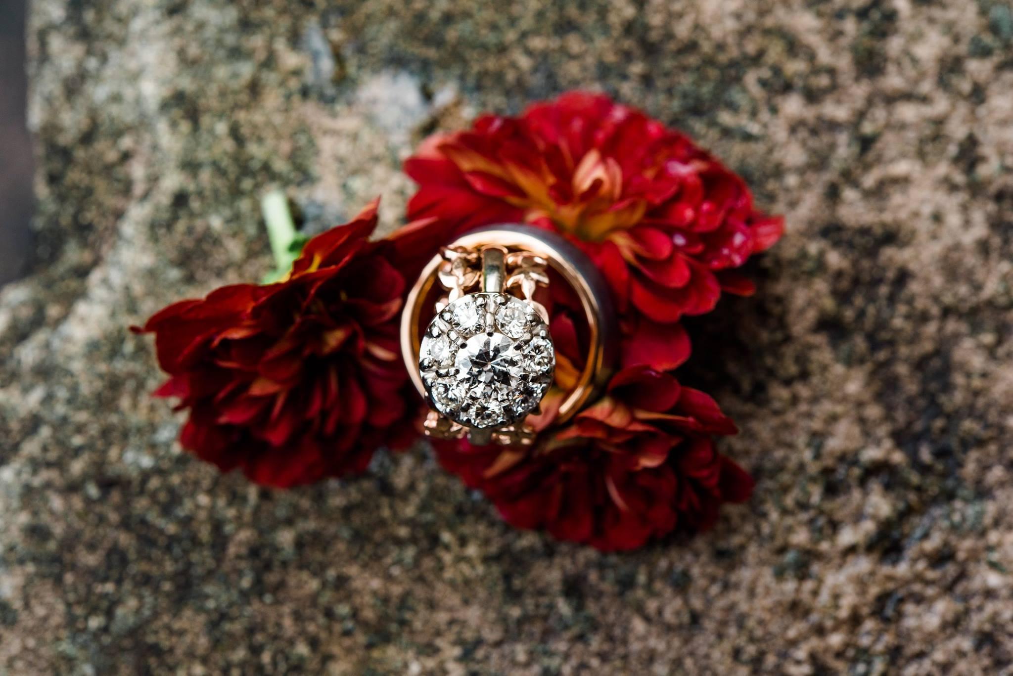 pennsylvania-backyard-wedding-love-diy-bohemian-romantic-colorful-0003.jpg