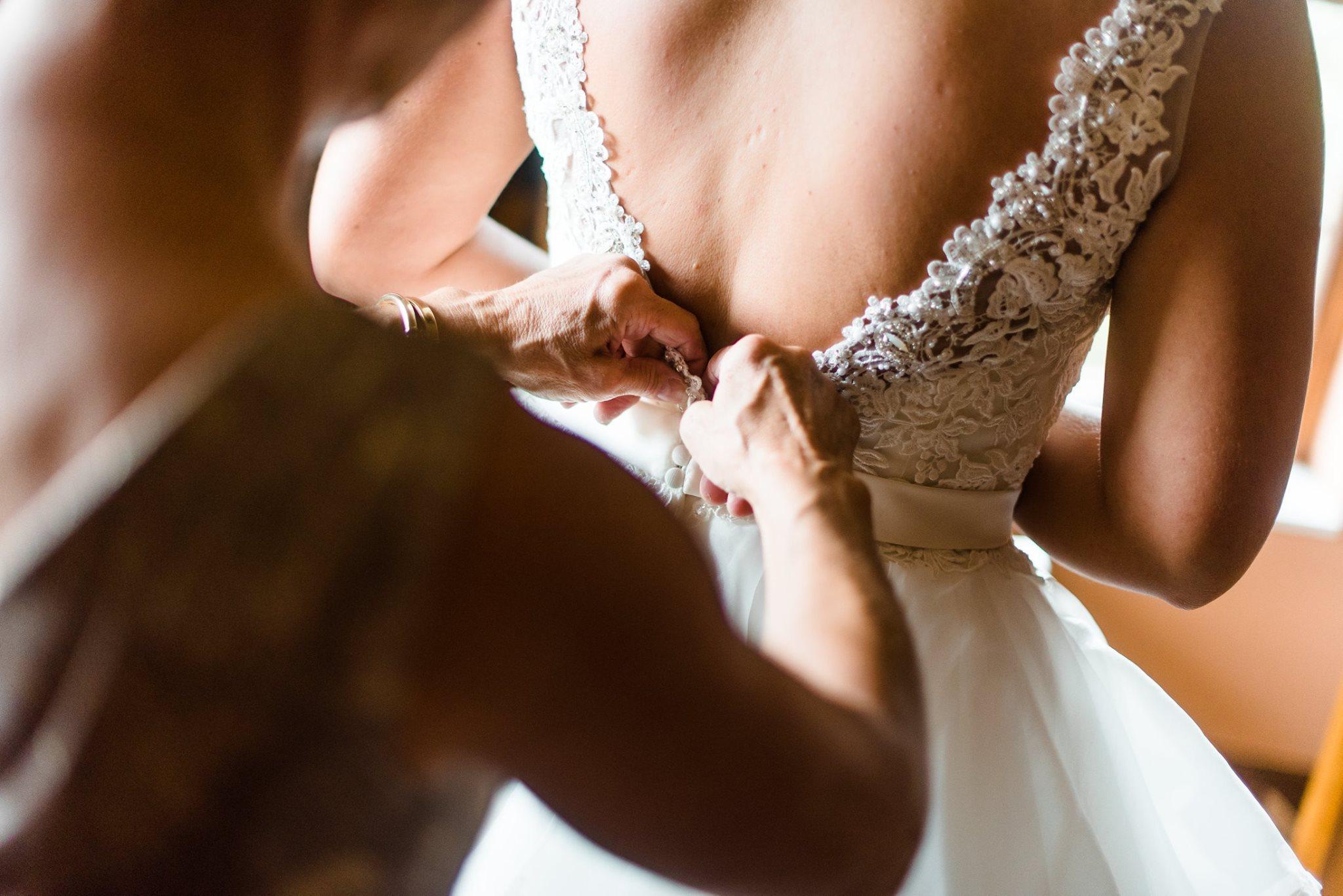pennsylvania-backyard-wedding-love-diy-bohemian-romantic-colorful-0008.jpg