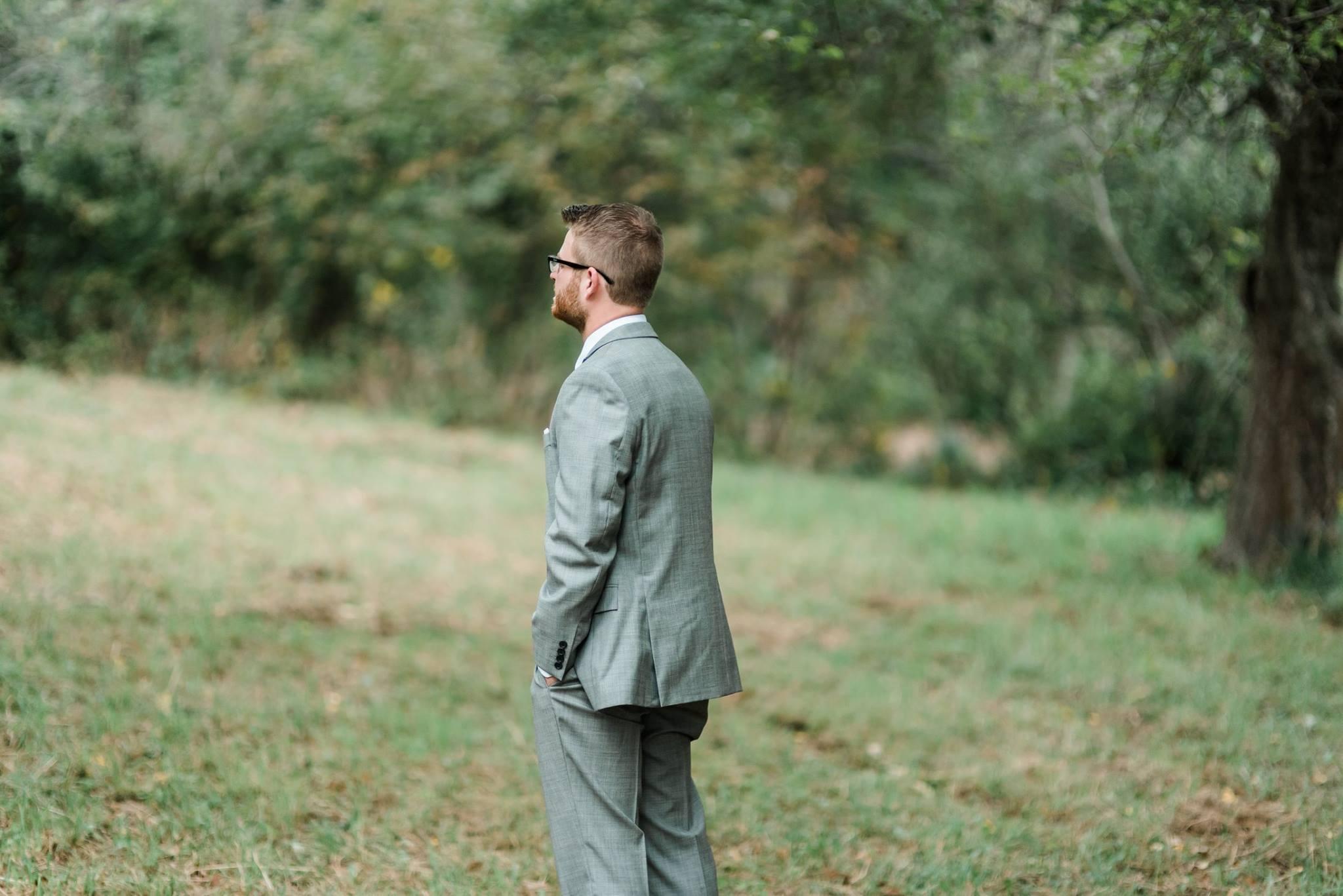 pennsylvania-backyard-wedding-love-diy-bohemian-romantic-colorful-0009.jpg
